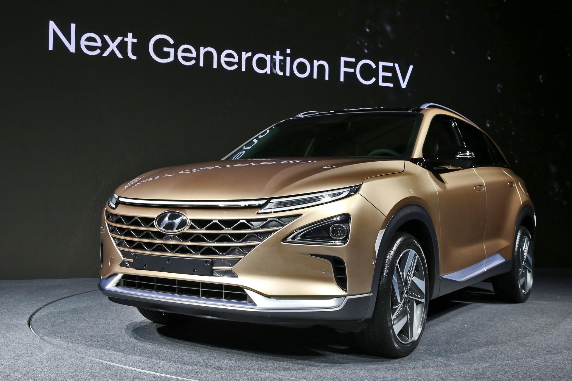 170817 Hyundai Motor's Next-Gen Fuel Cell SUV_1