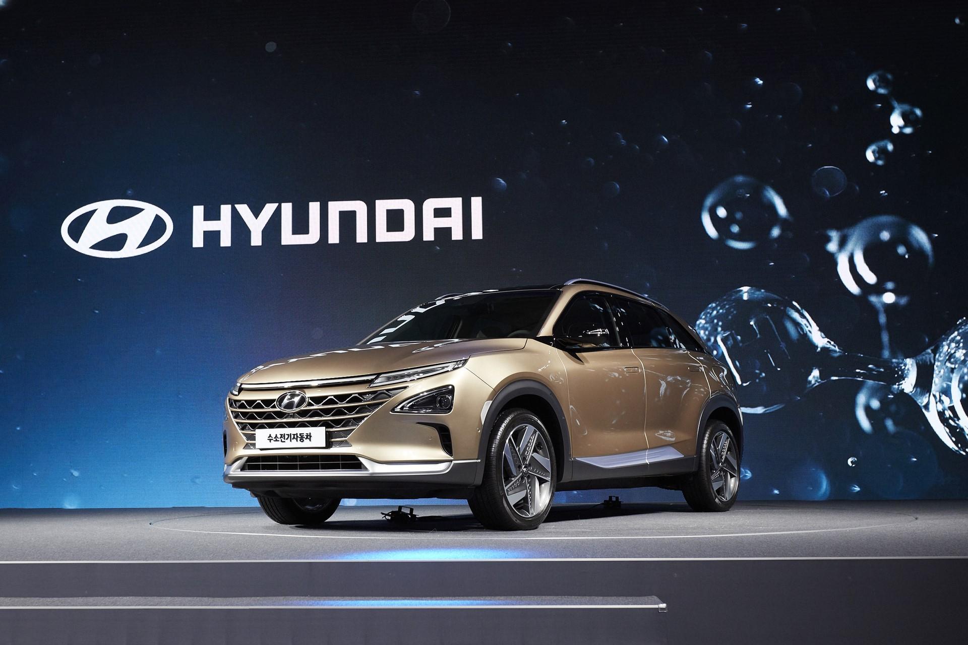 170817 Hyundai Motor's Next-Gen Fuel Cell SUV_5