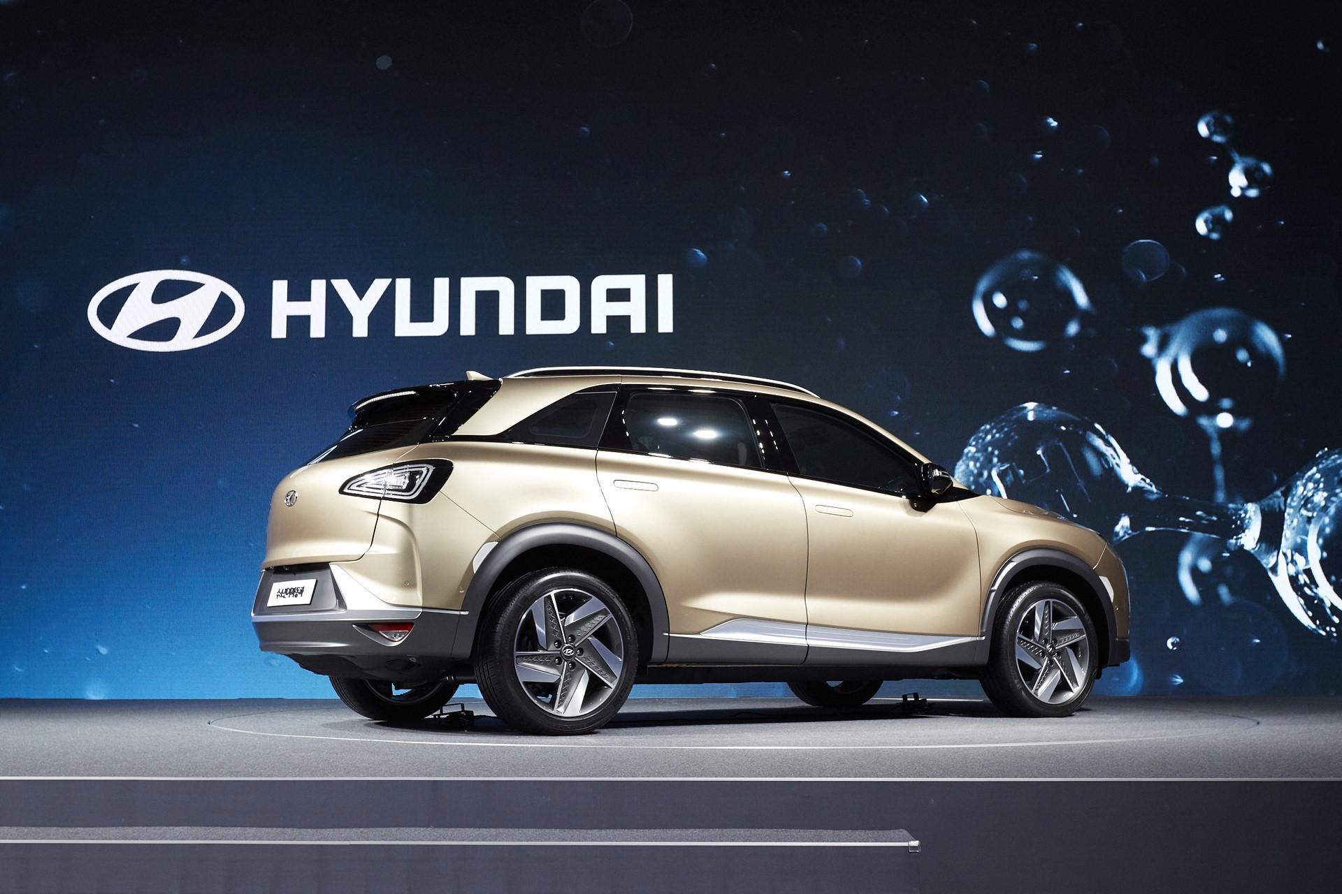 170817 Hyundai Motor's Next-Gen Fuel Cell SUV_6