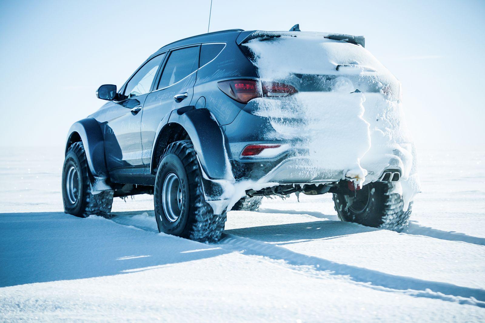 Hyundai Sante Fe Antarctic (2)