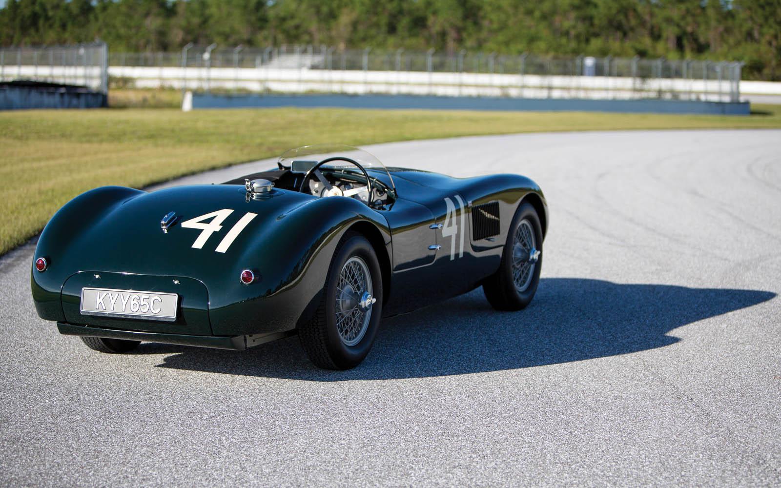 Jaguar_C-Type_for_sale_12