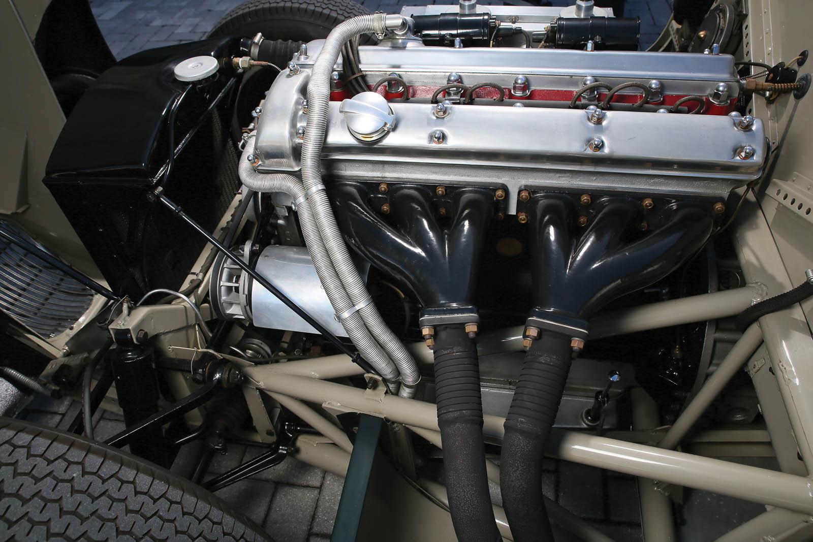 Jaguar_C-Type_for_sale_26