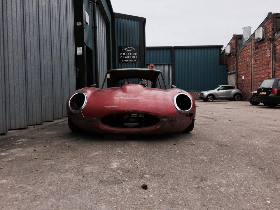Jaguar E-Type with 20b rotary engine (13)