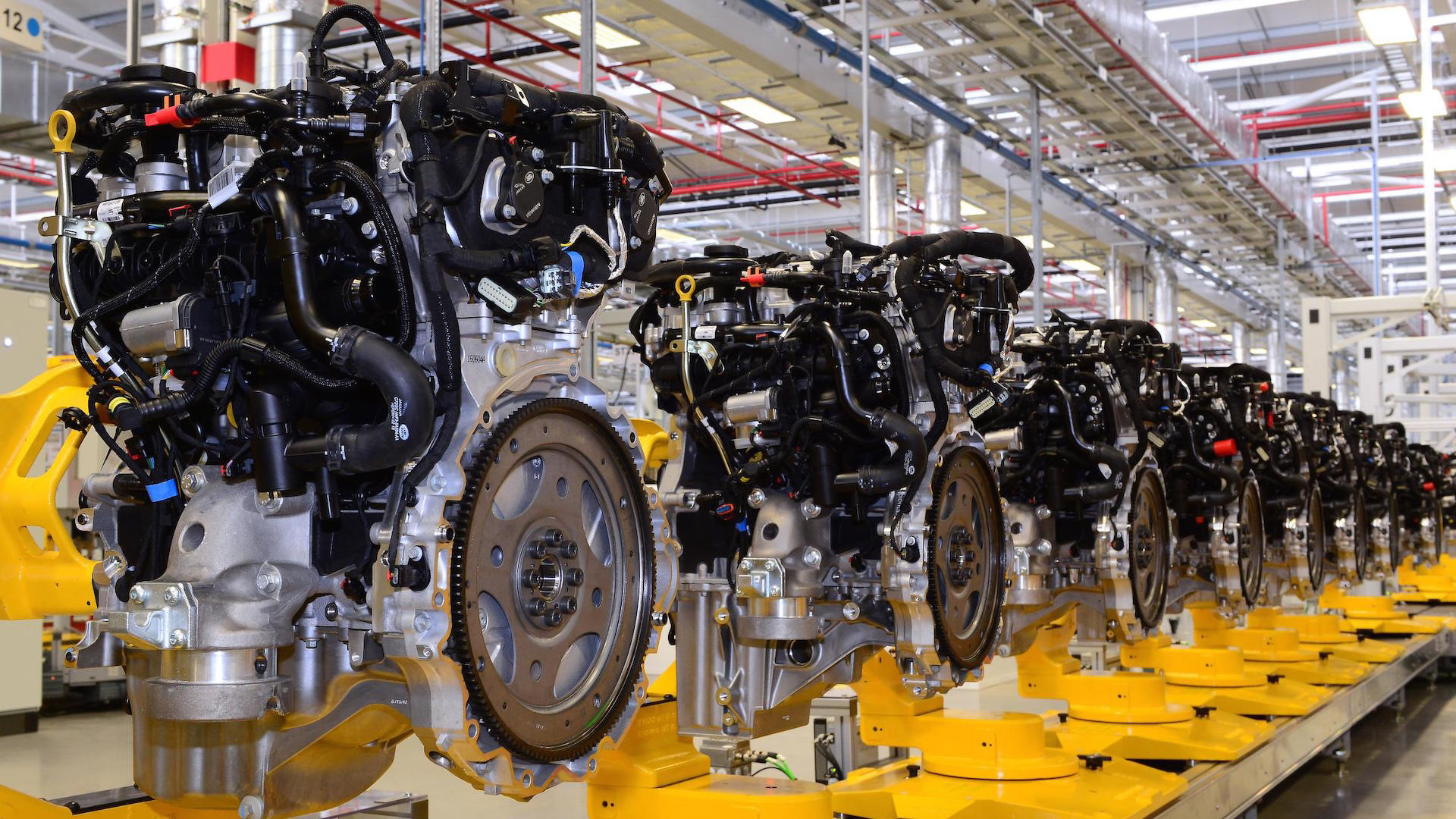 Jaguar_Engine_Manufacturing_Center_01