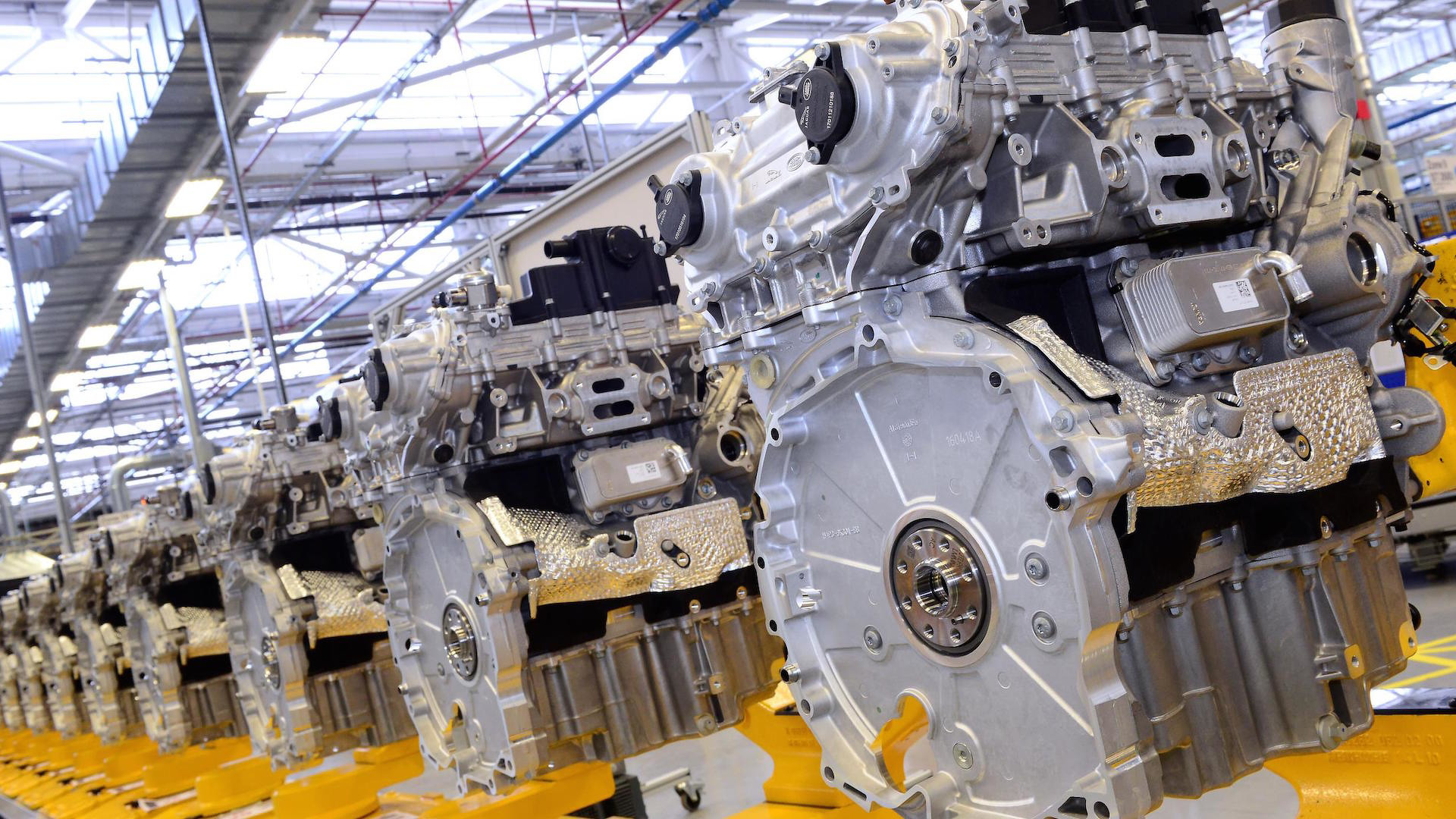 Jaguar_Engine_Manufacturing_Center_02