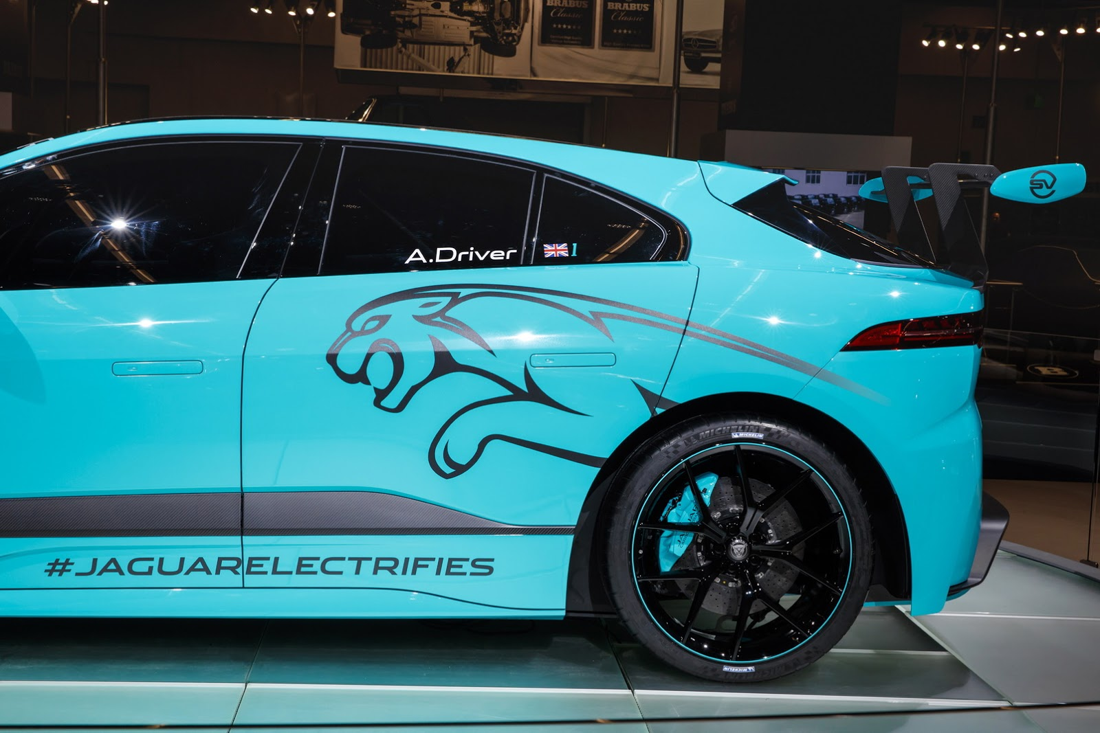 jaguar-ipace-race-car-iaa-14