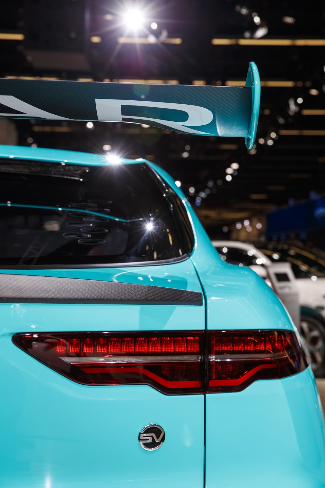 jaguar-ipace-race-car-iaa-17