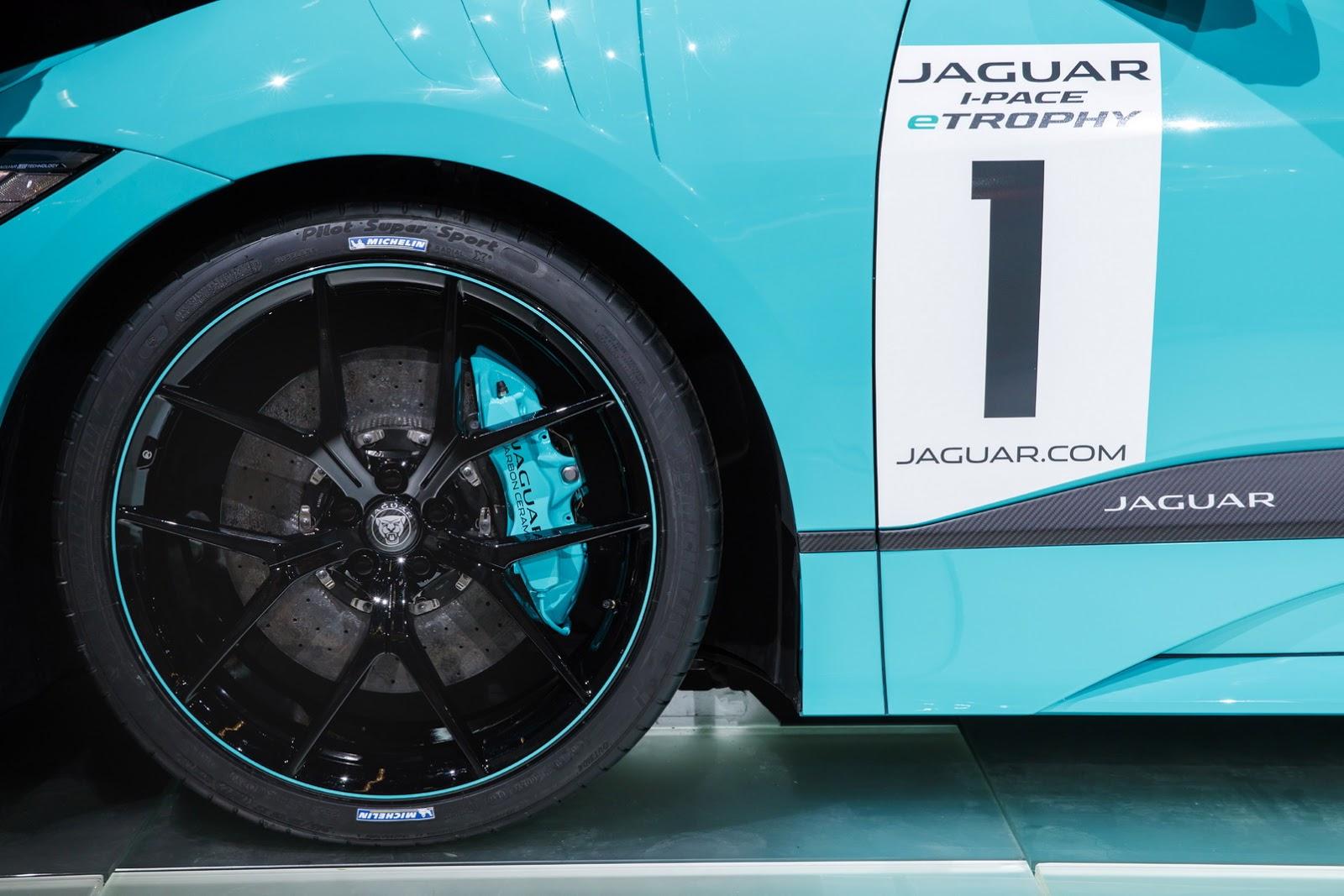 jaguar-ipace-race-car-iaa-25