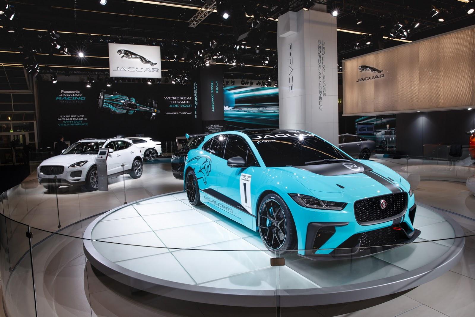 jaguar-ipace-race-car-iaa-7