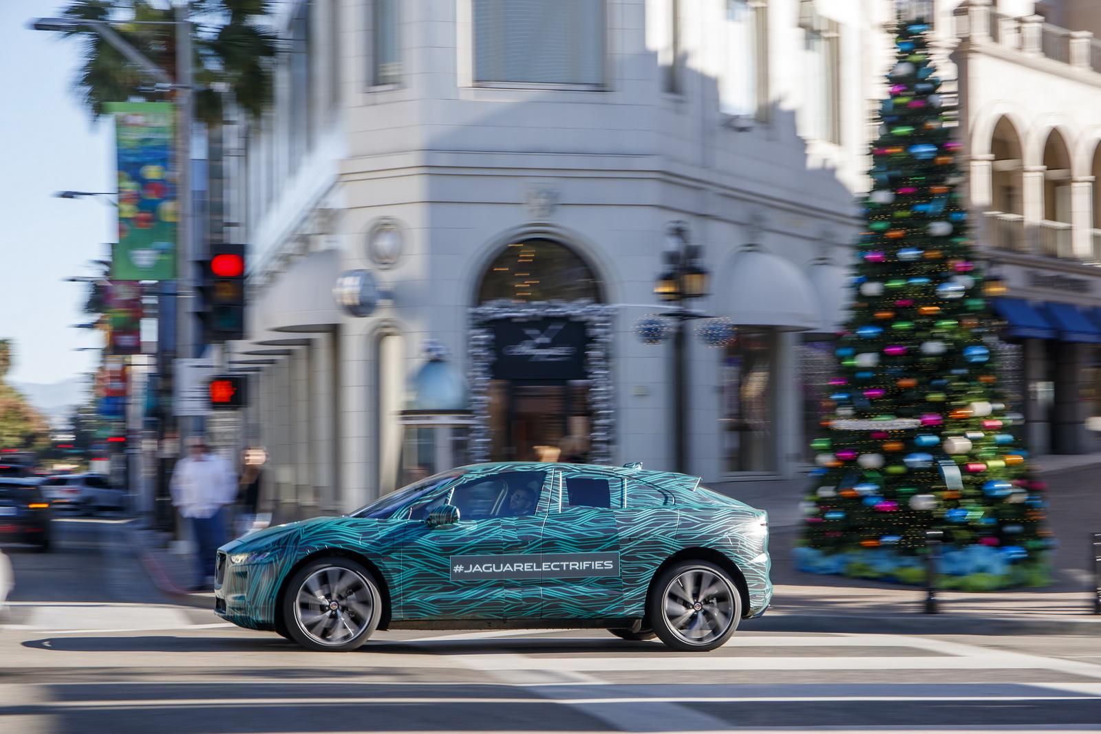 Jaguar I-Pace (13)