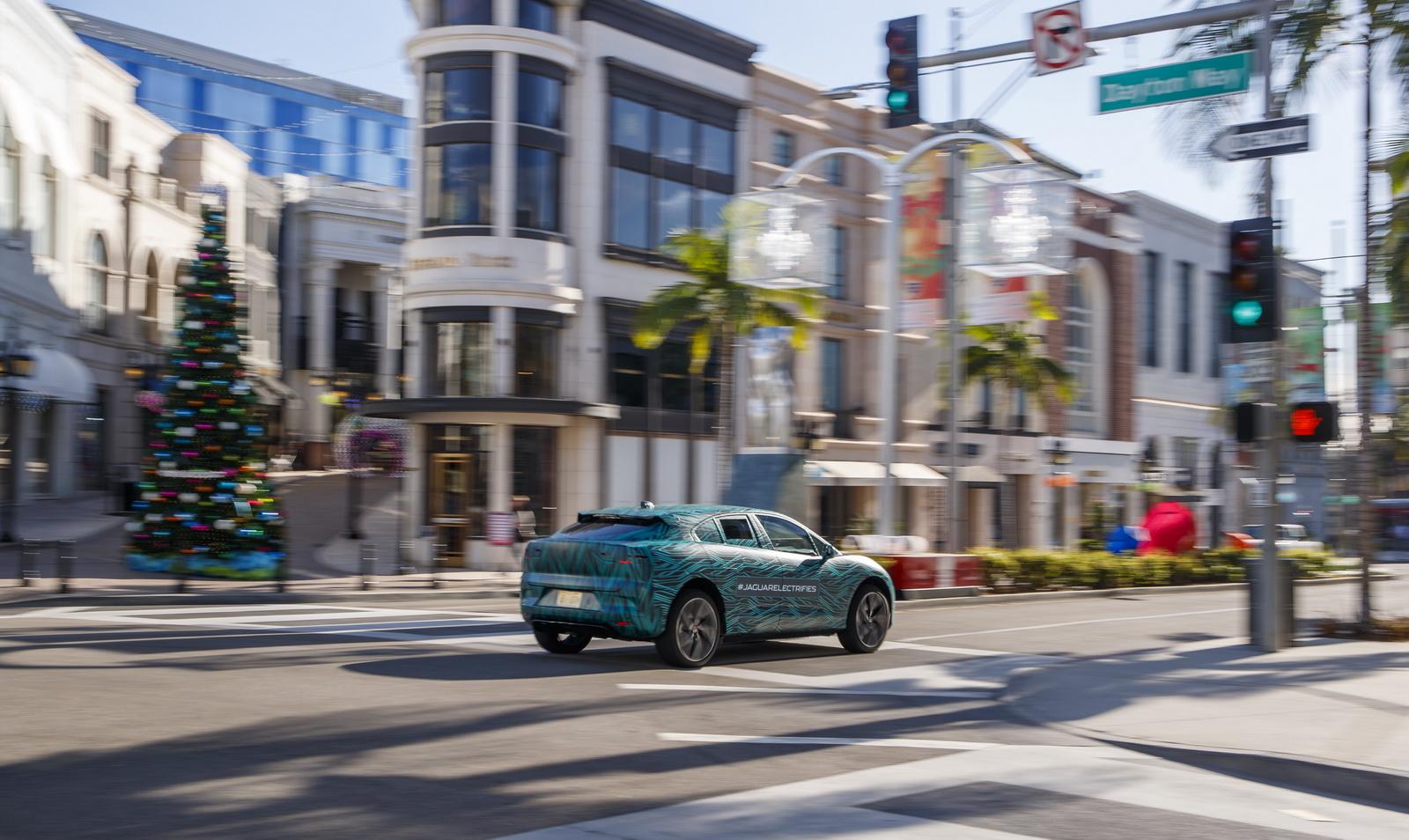 Jaguar I-Pace (15)