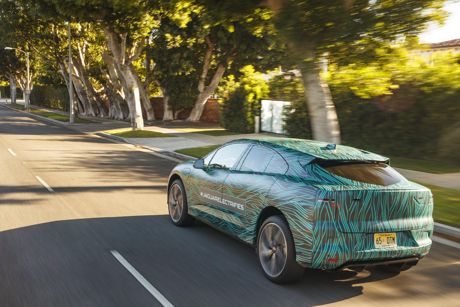 Jaguar I-Pace (8)