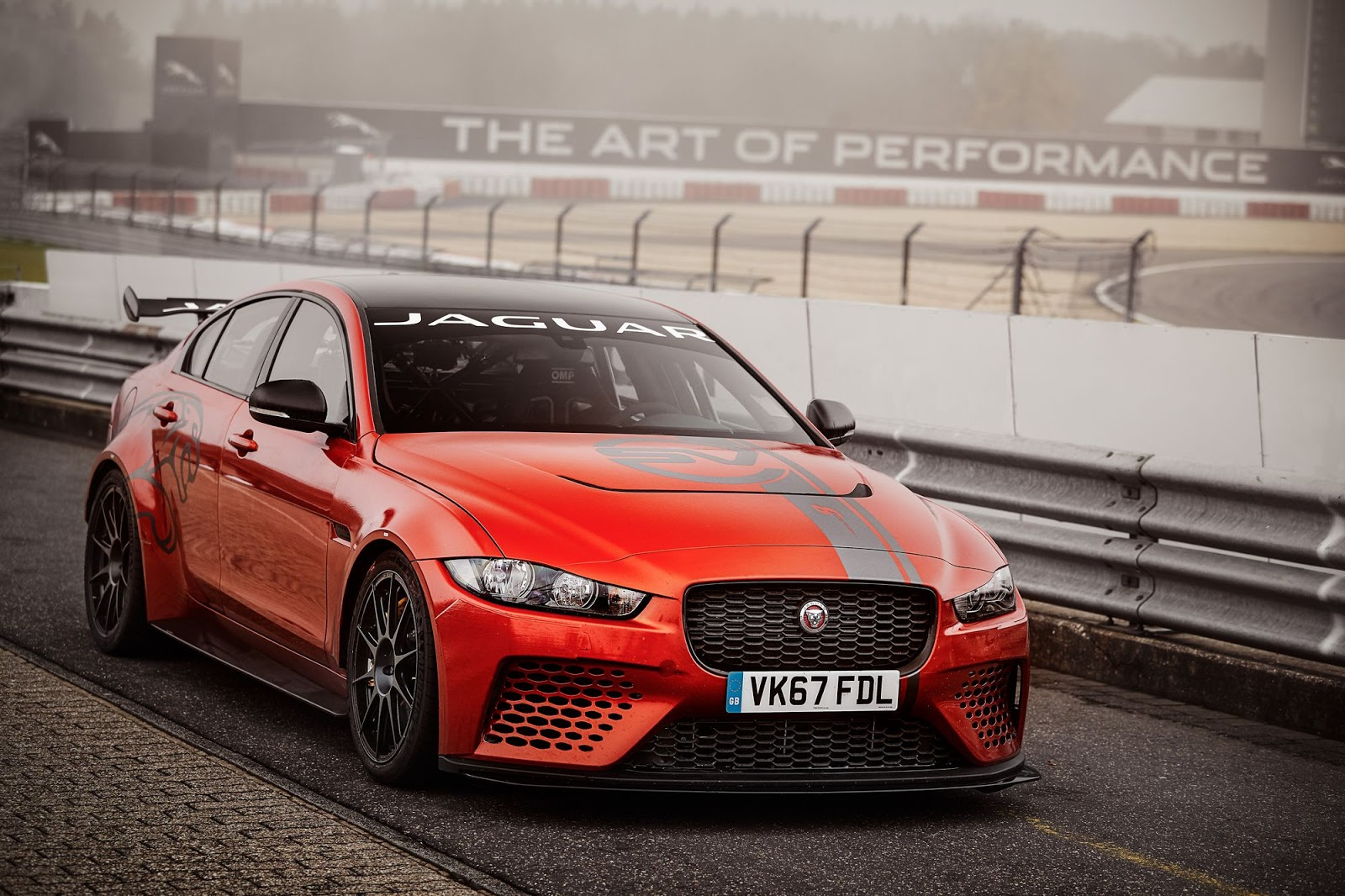 Jaguar XE SV Project 8 Nurburgring record (5)