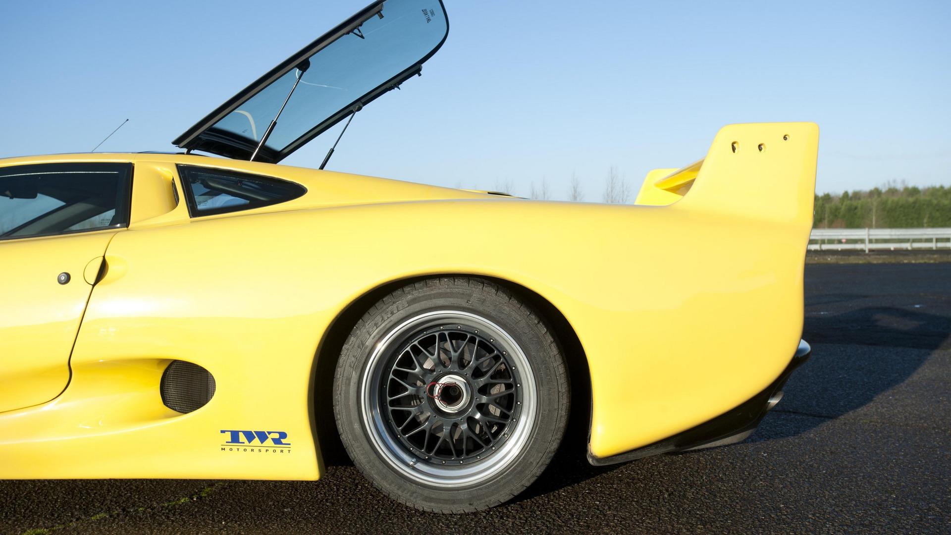 jaguar-xj220 (10)