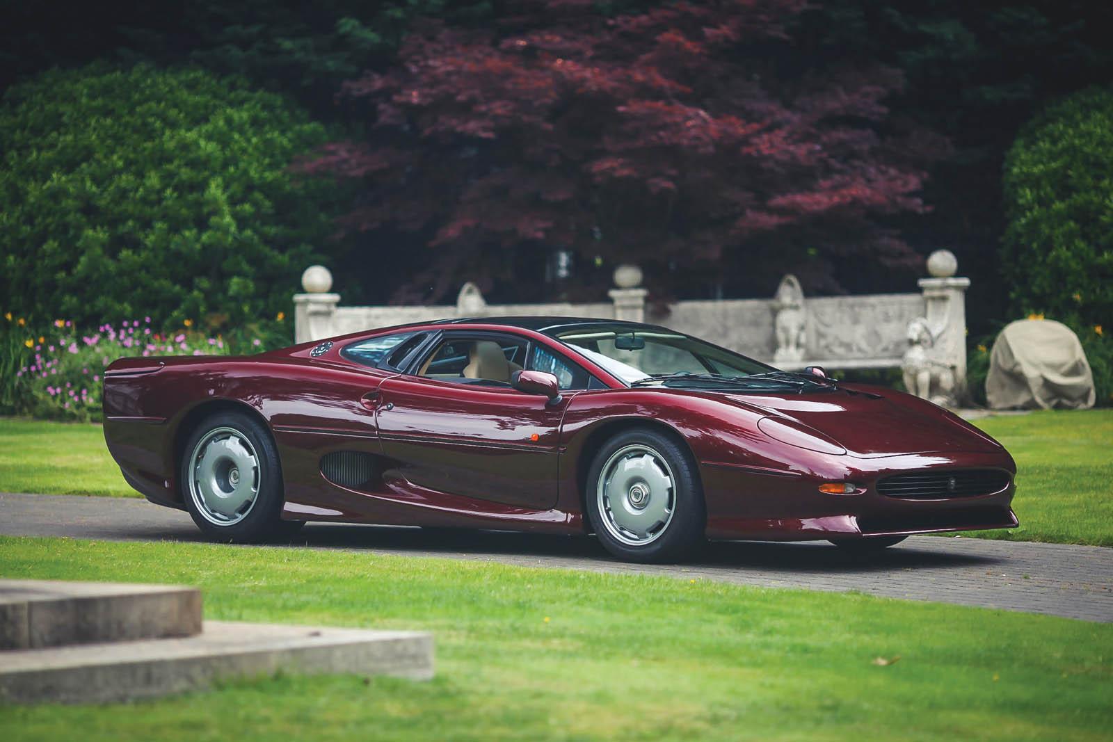 1993_Jaguar_XJ220_01
