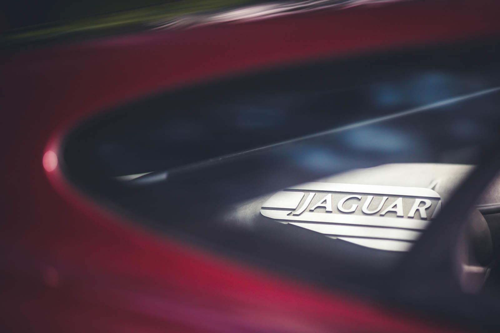 1993_Jaguar_XJ220_13