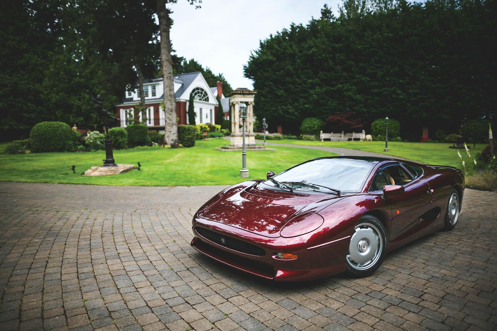 1993_Jaguar_XJ220_41