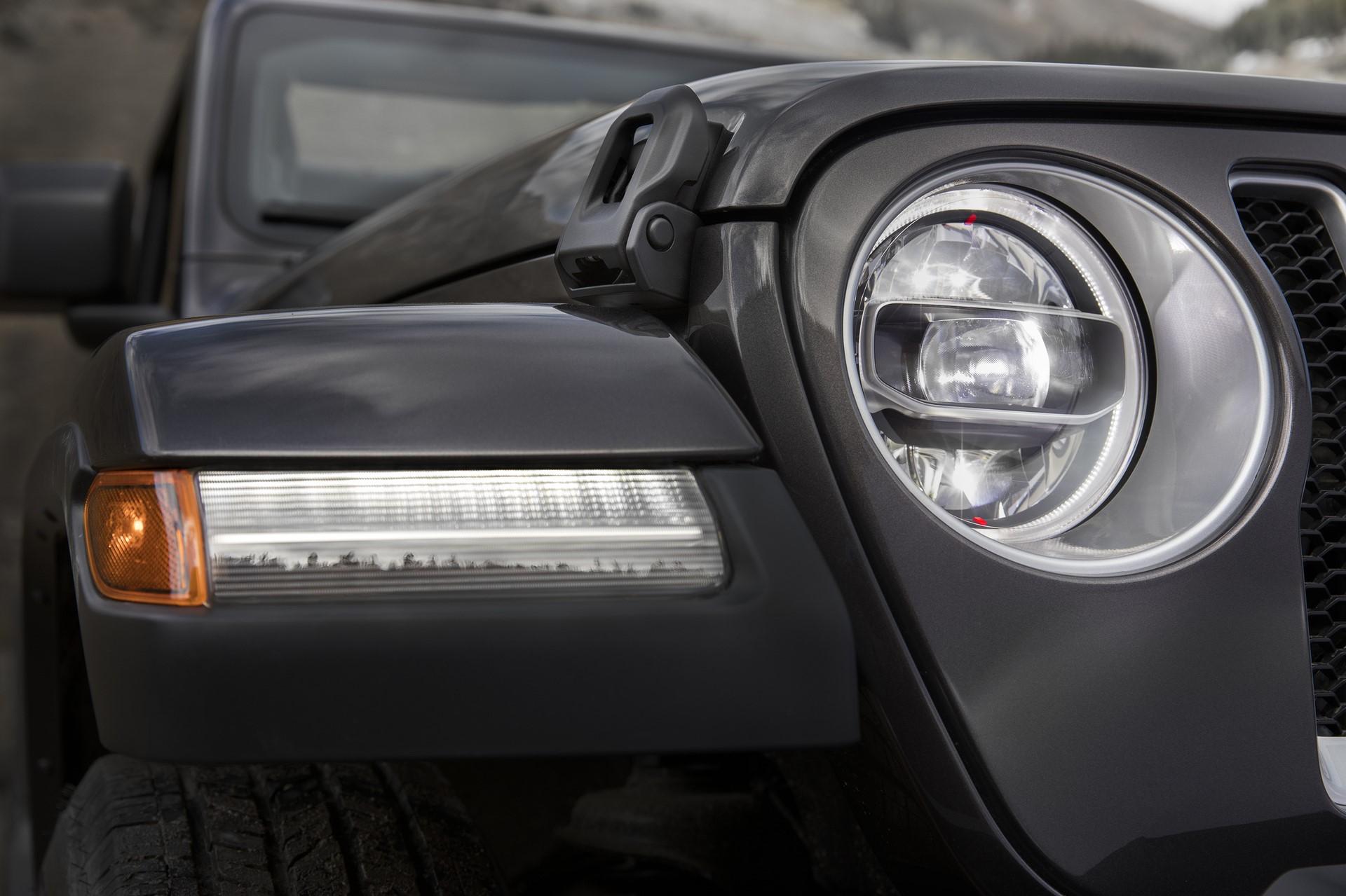 2018 Jeep Wrangler 110 (1)