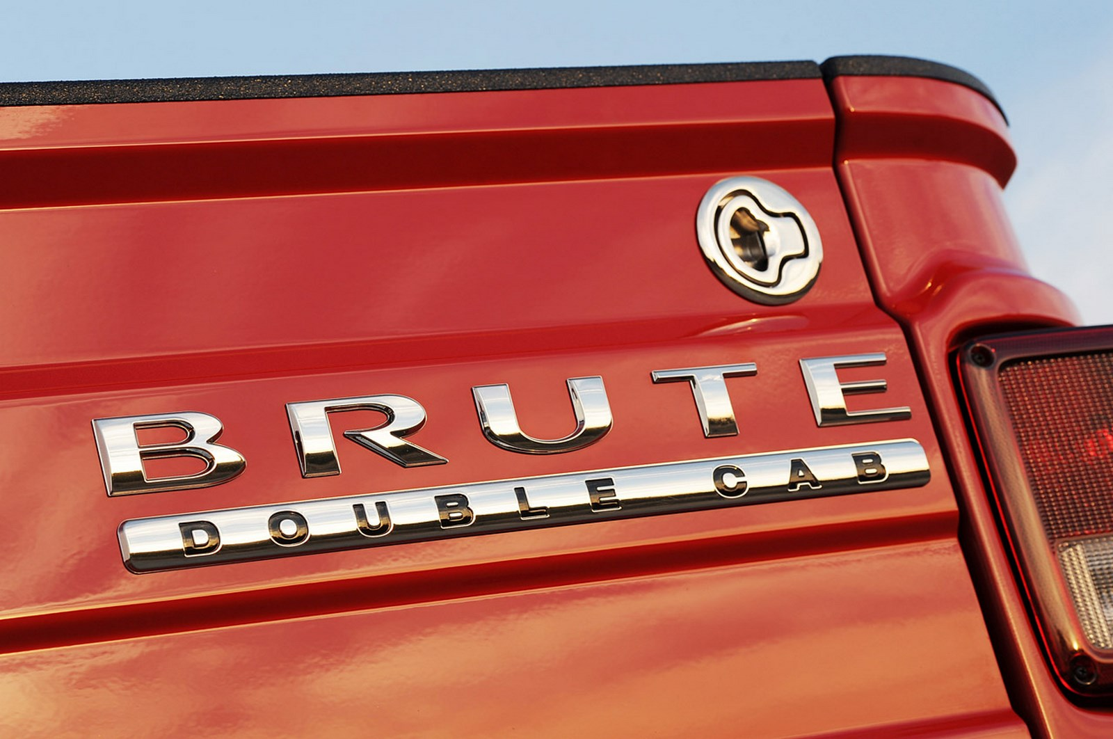 27-aev-brute-double-cab-fd