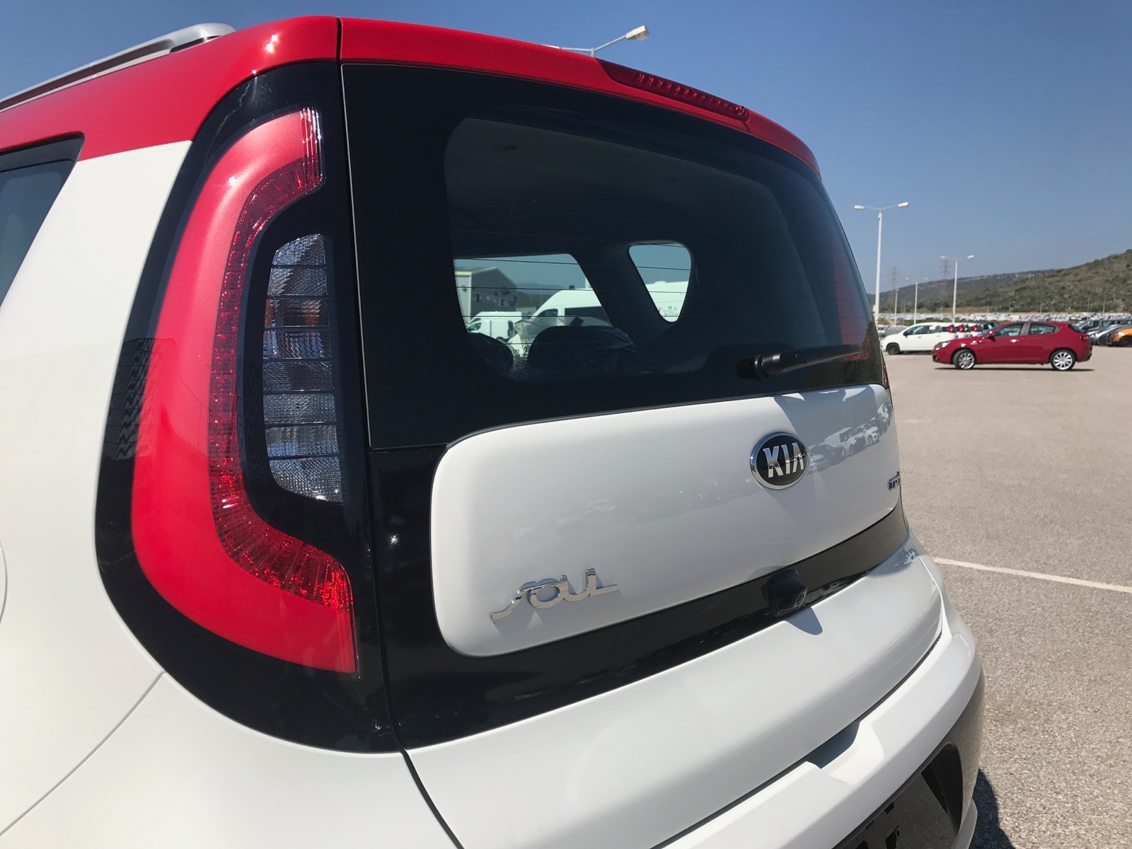 Kia_Soul_Greece_09