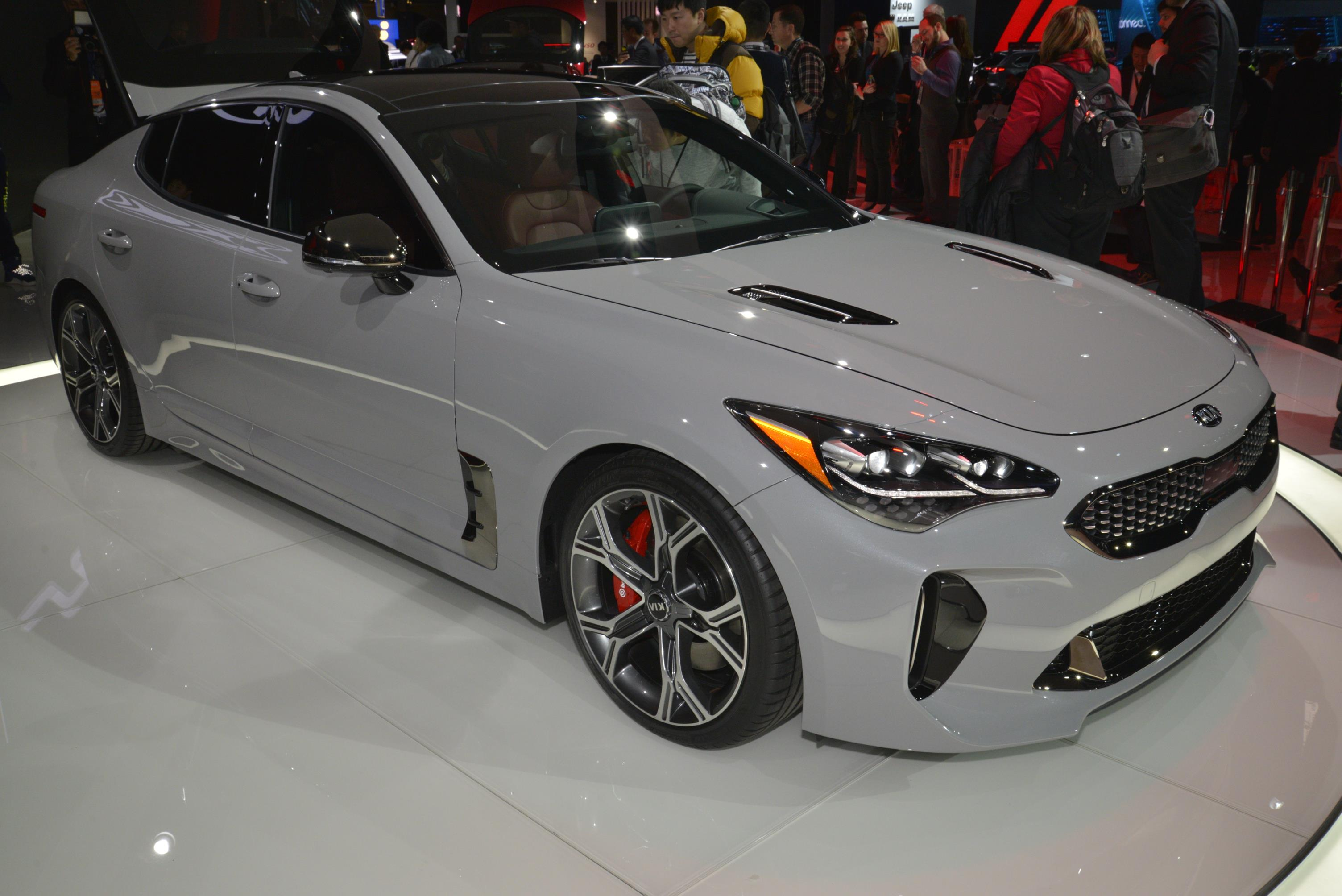 Kia Stinger GT in Detroit (1)