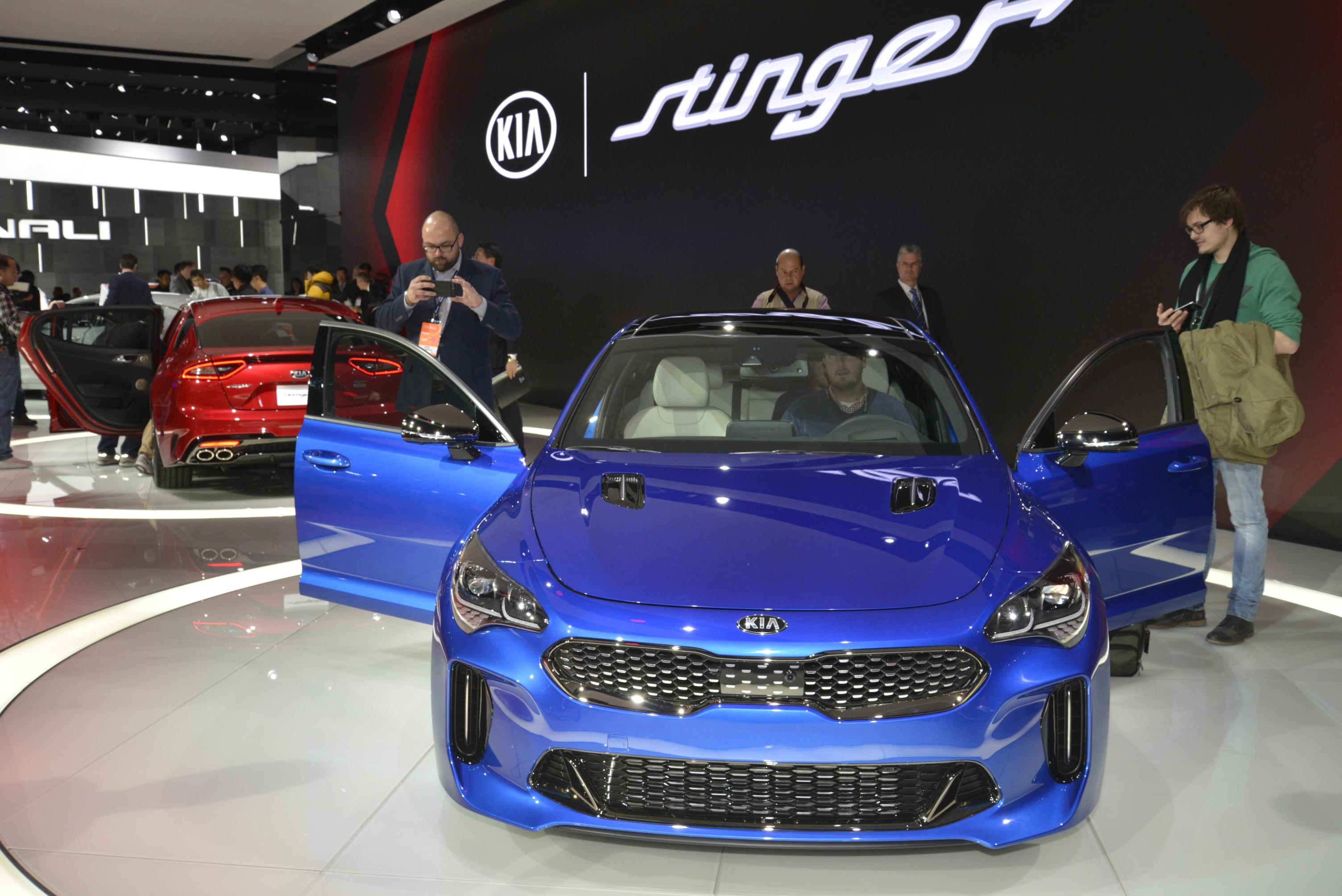 Kia Stinger GT in Detroit (12)