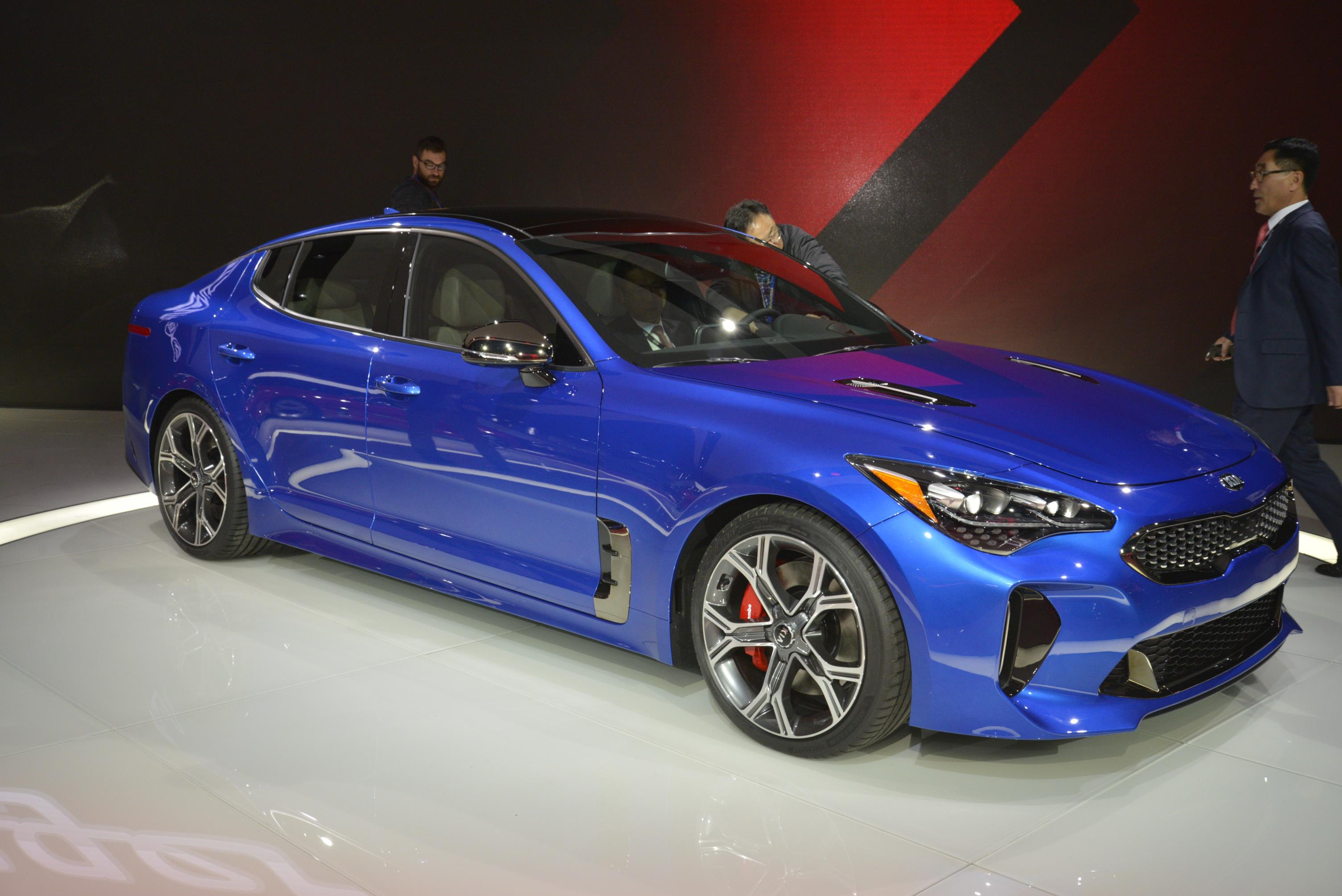 Kia Stinger GT in Detroit (14)
