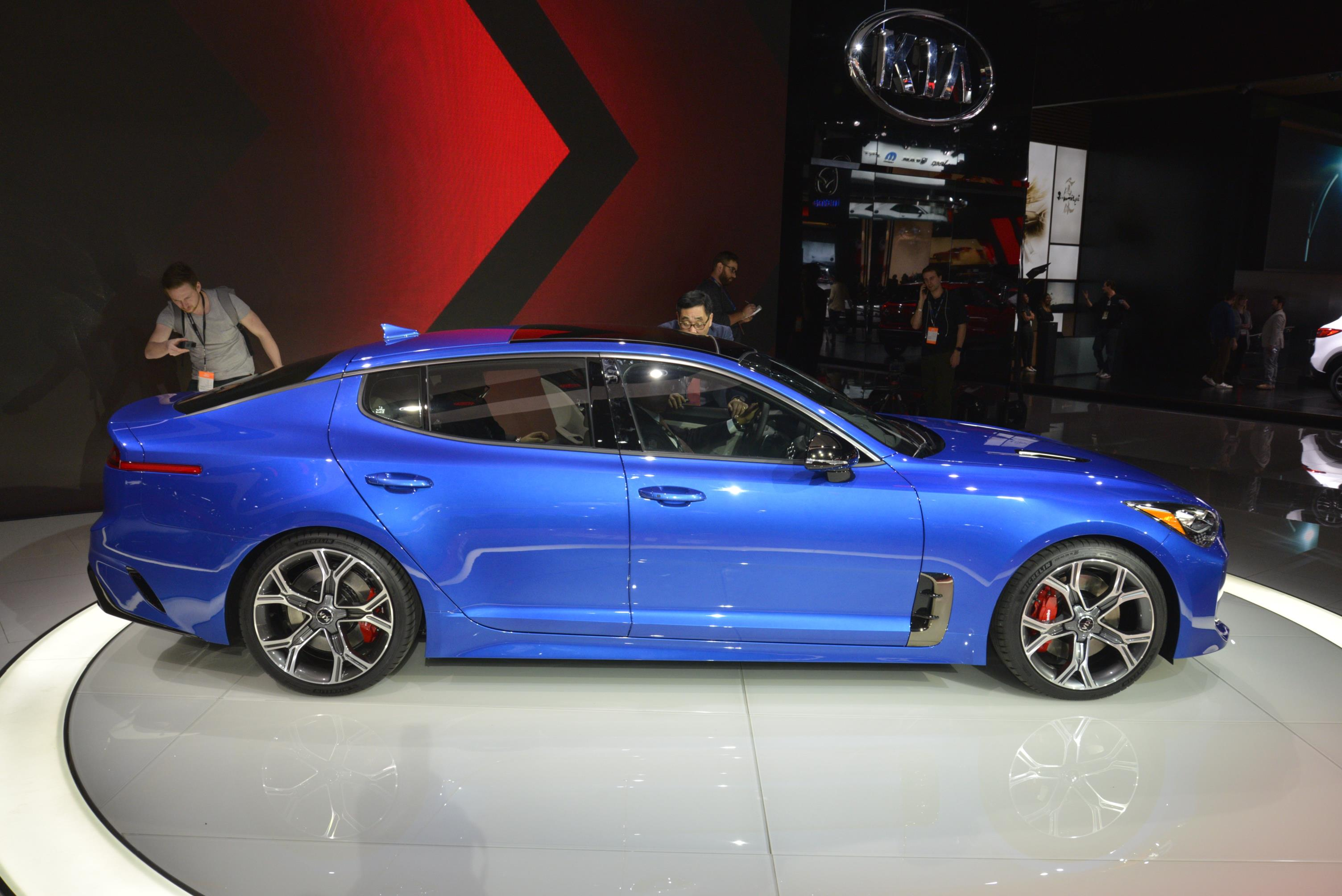 Kia Stinger GT in Detroit (15)