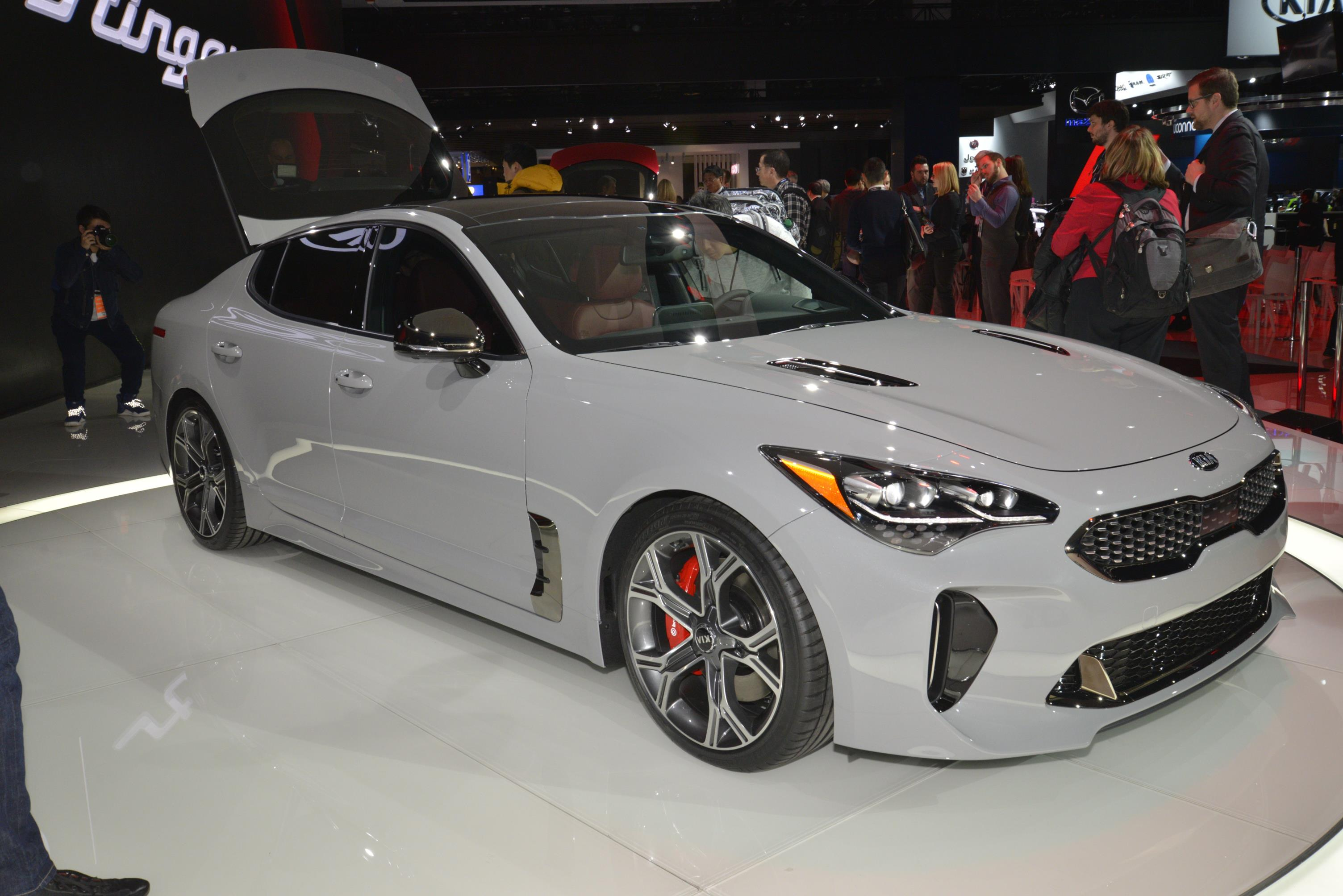 Kia Stinger GT in Detroit (2)