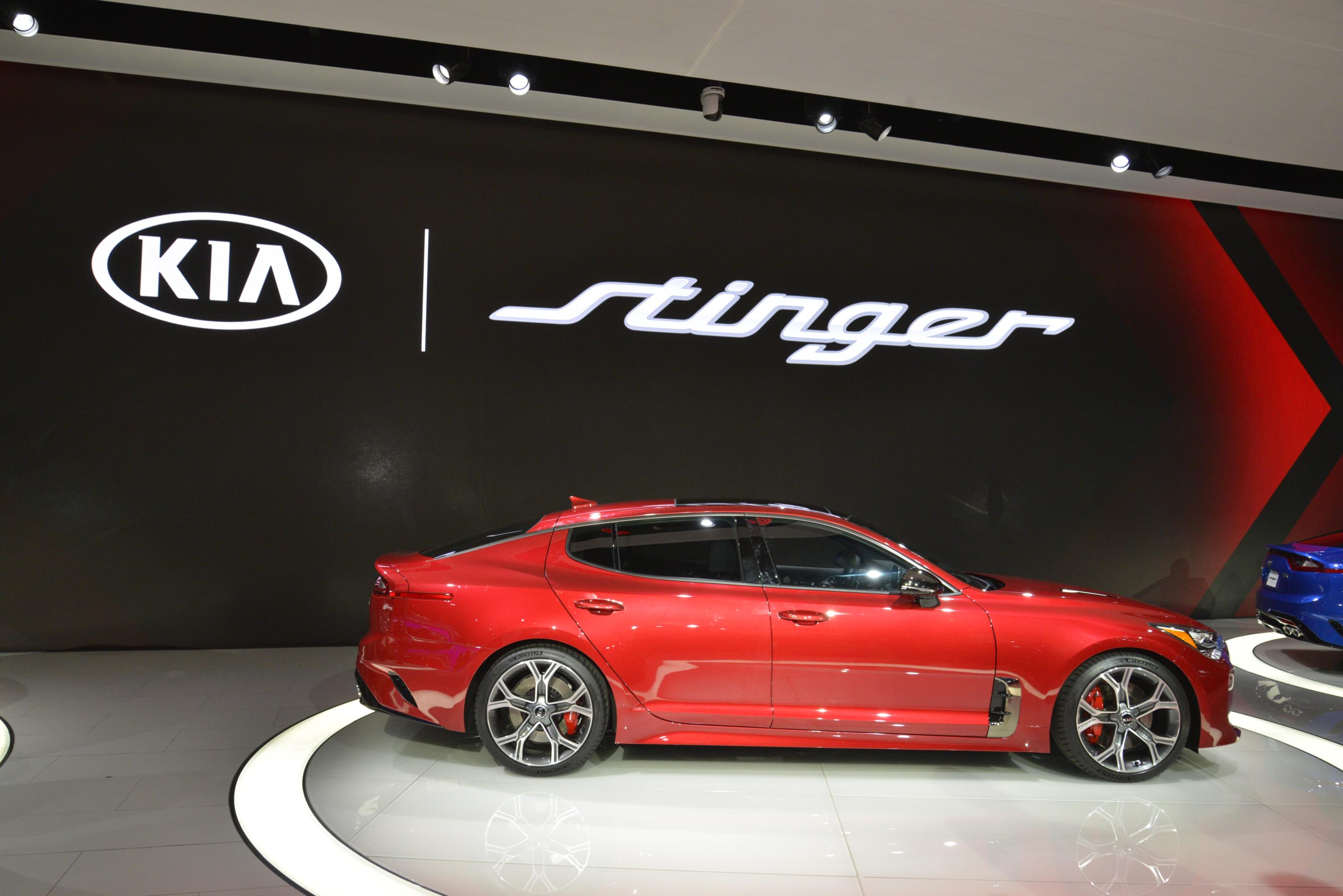 Kia Stinger GT in Detroit (21)