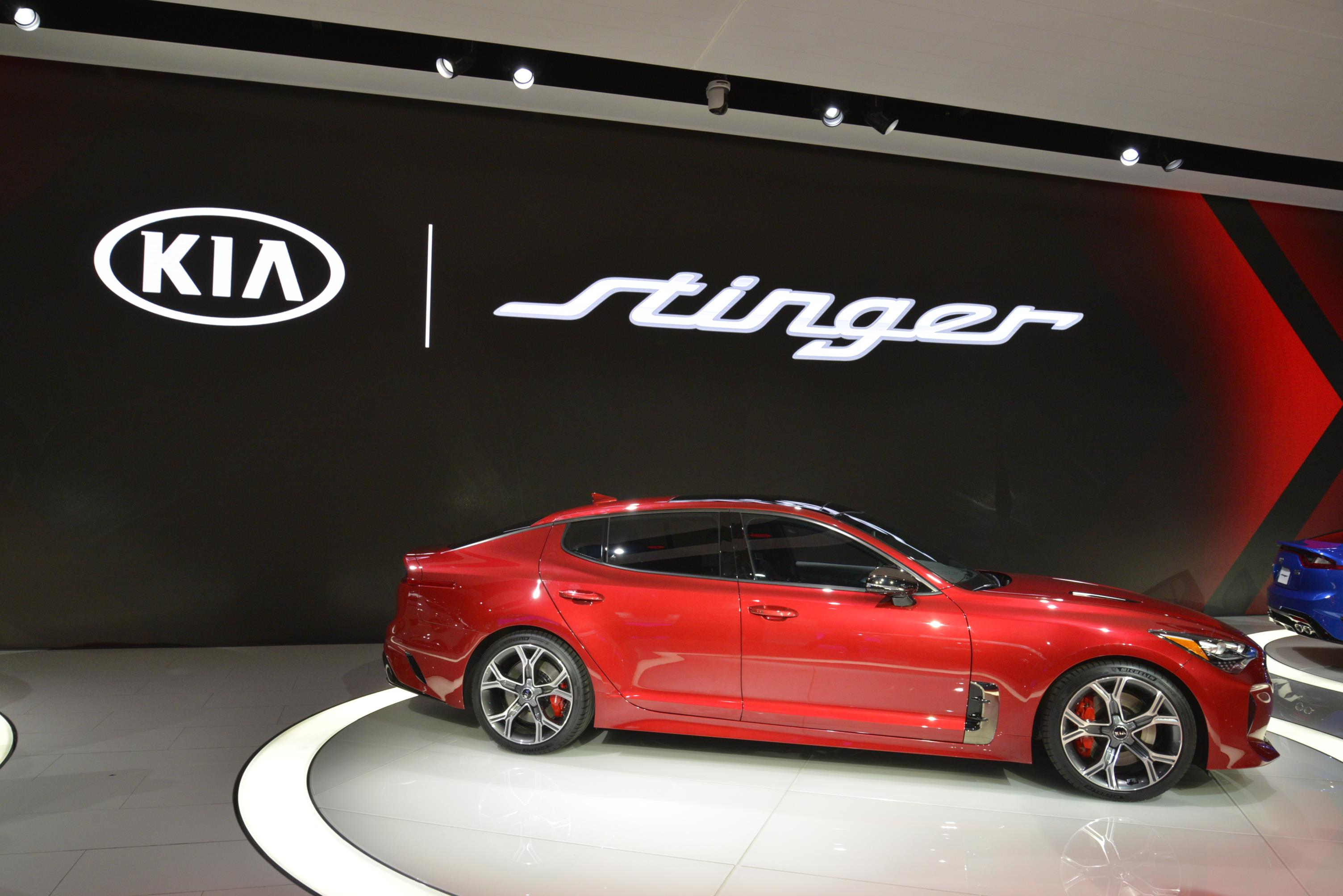 Kia Stinger GT in Detroit (22)