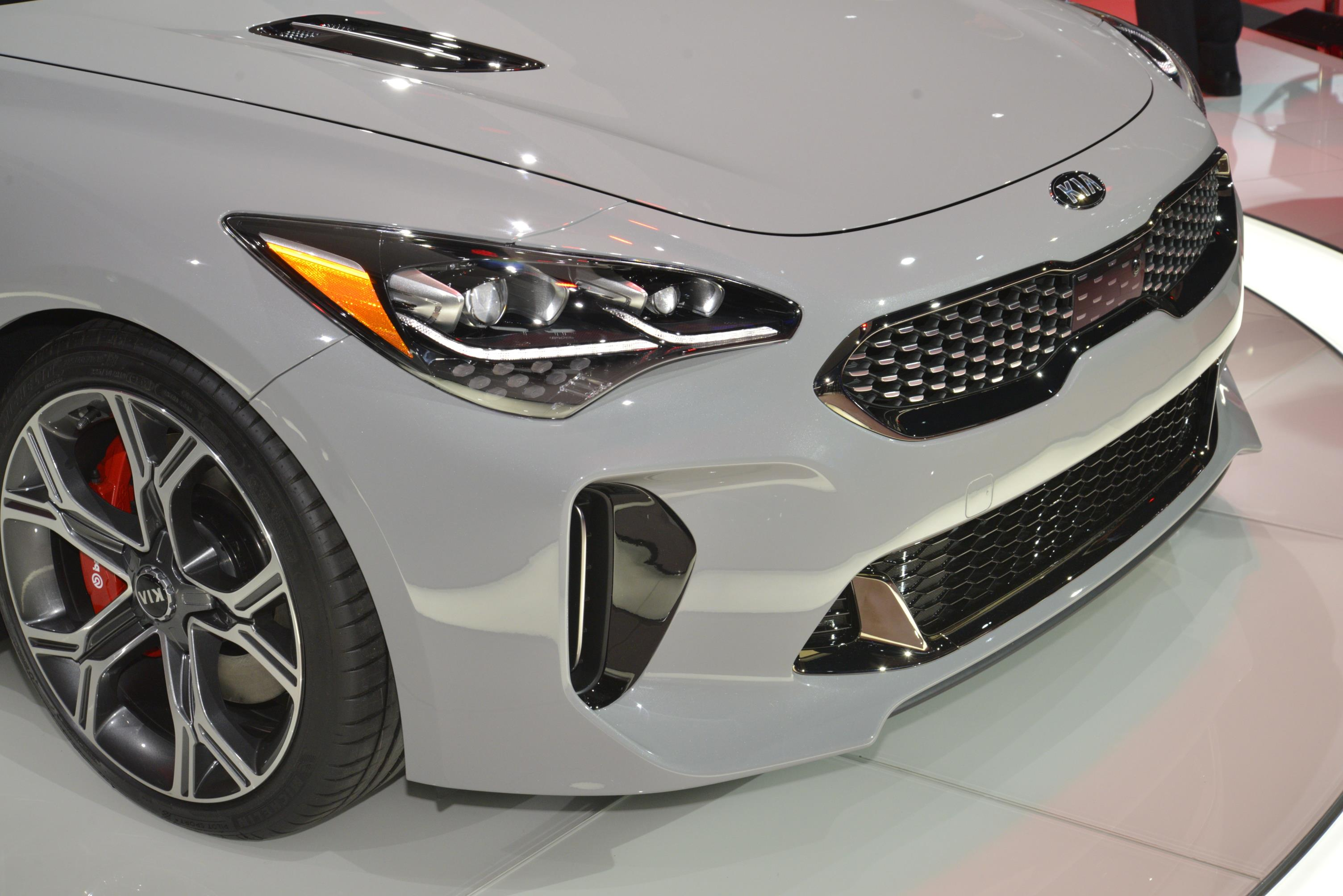 Kia Stinger GT in Detroit (3)
