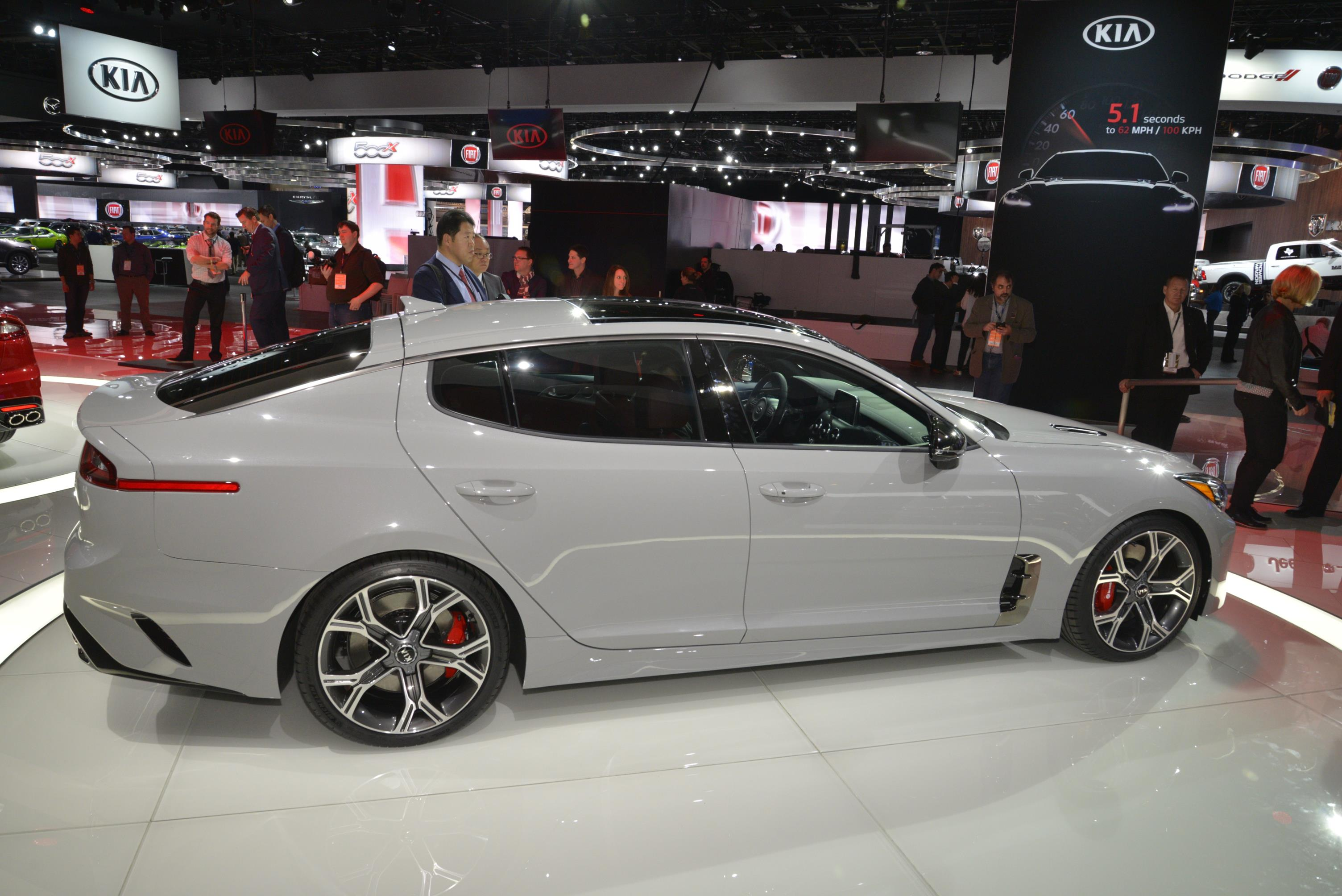 Kia Stinger GT in Detroit (6)
