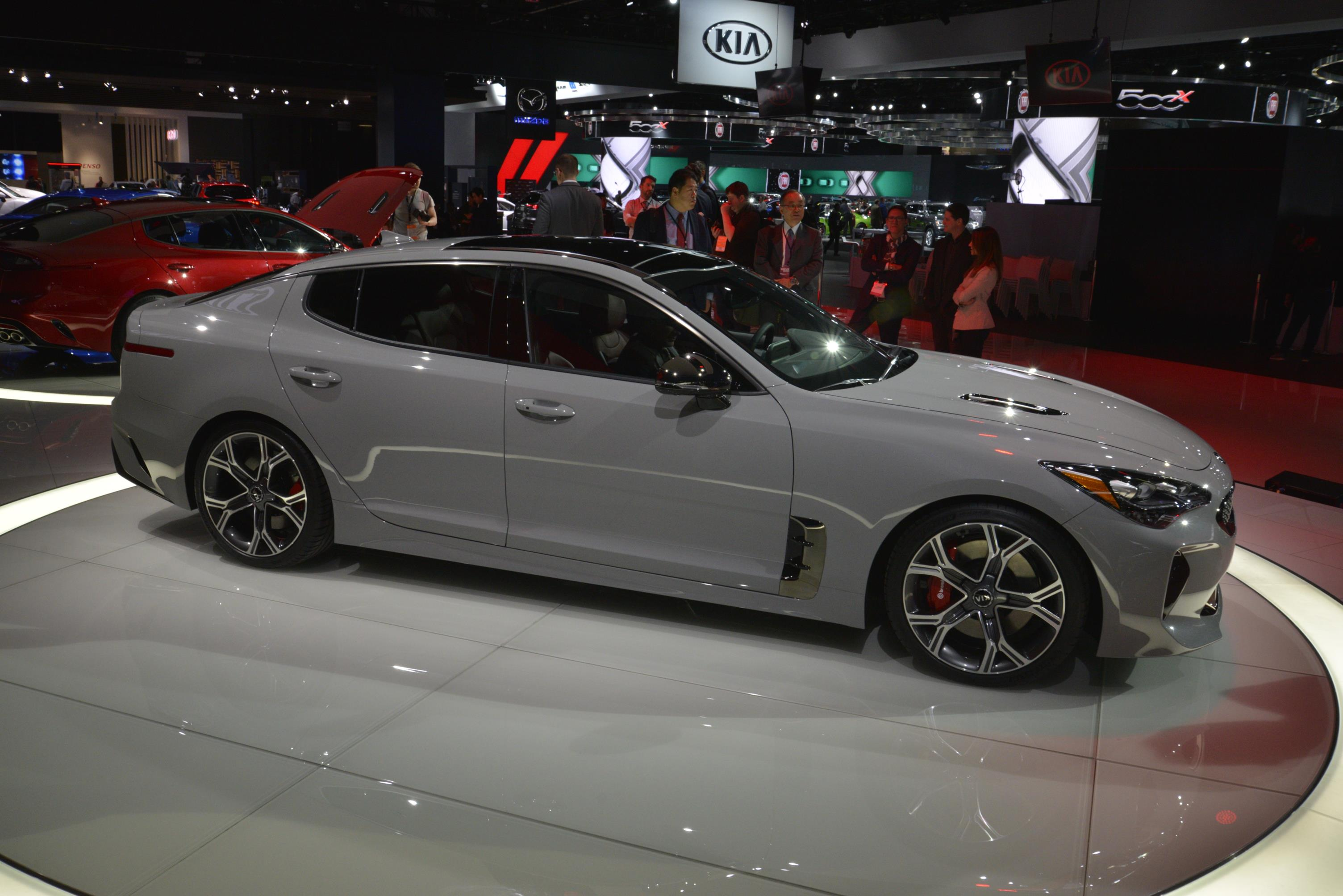 Kia Stinger GT in Detroit (8)