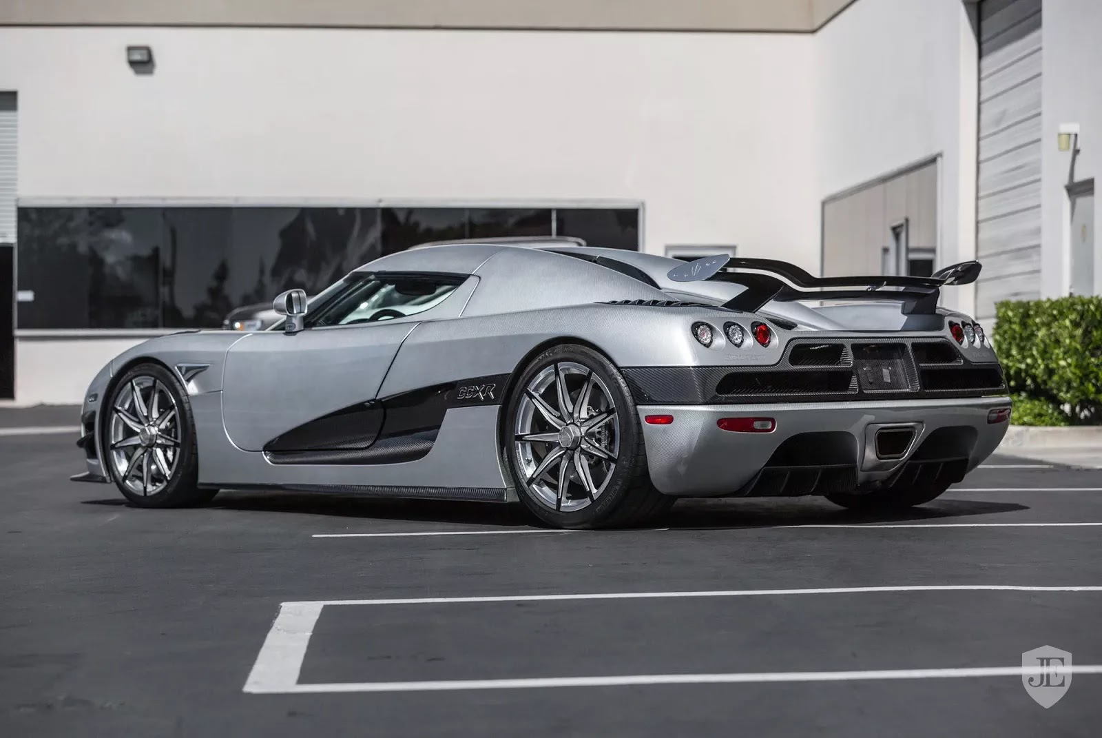 Koenigsegg_CCXR_Trevita_For_Sale_0002