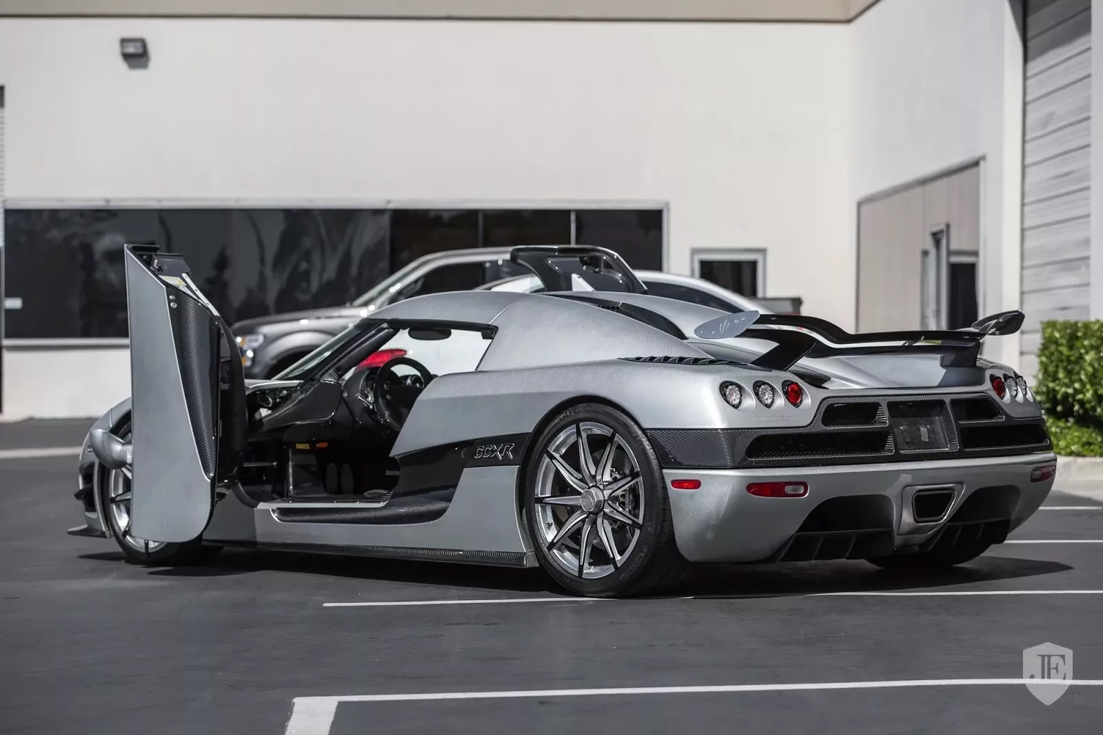 Koenigsegg_CCXR_Trevita_For_Sale_0003