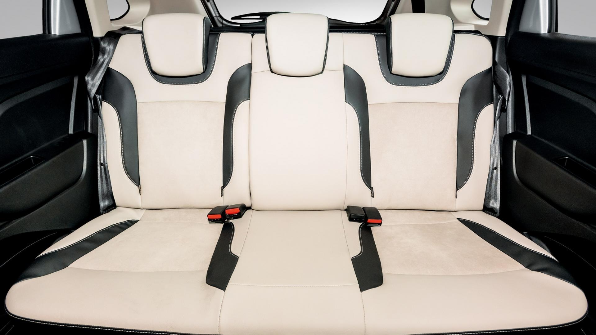 Lada Xray Exclusive (10)