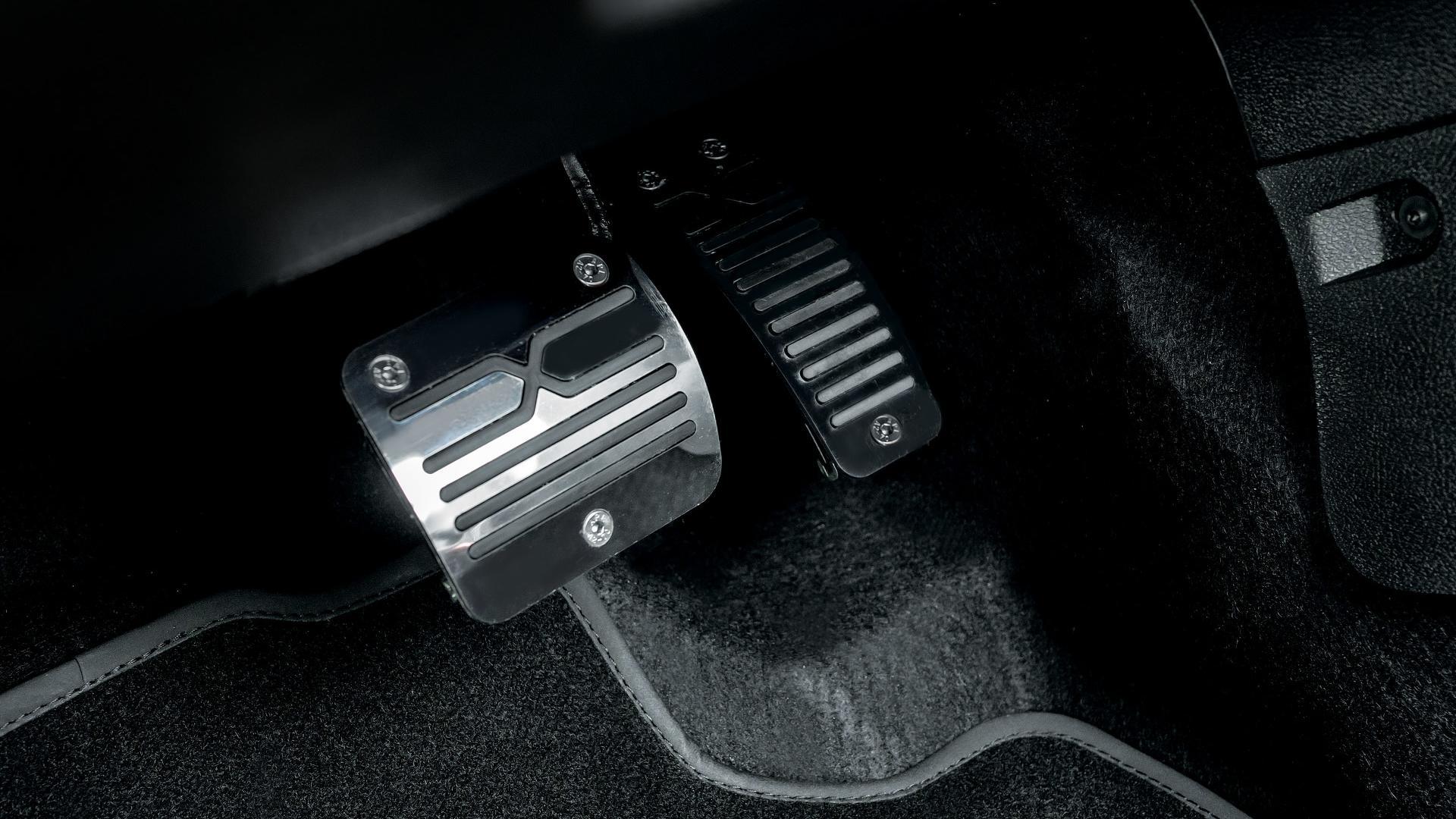 Lada Xray Exclusive (11)
