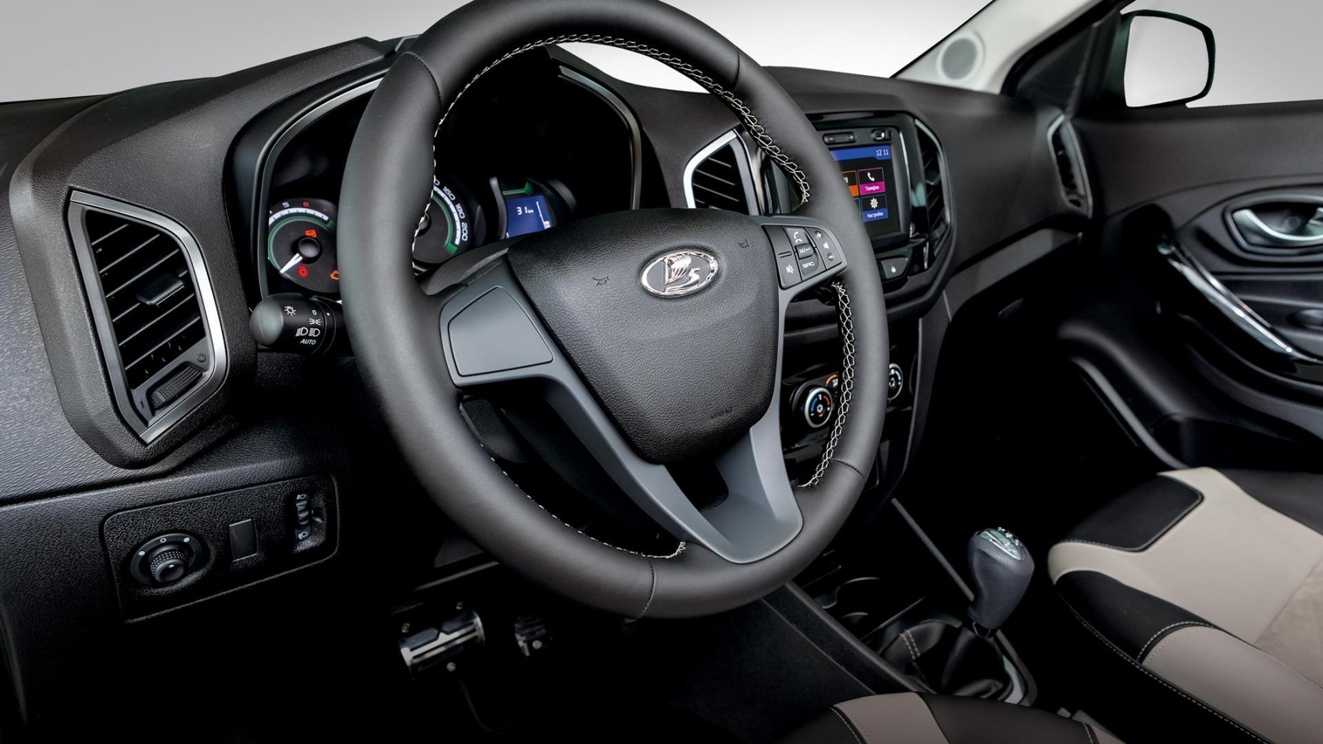 Lada Xray Exclusive (6)