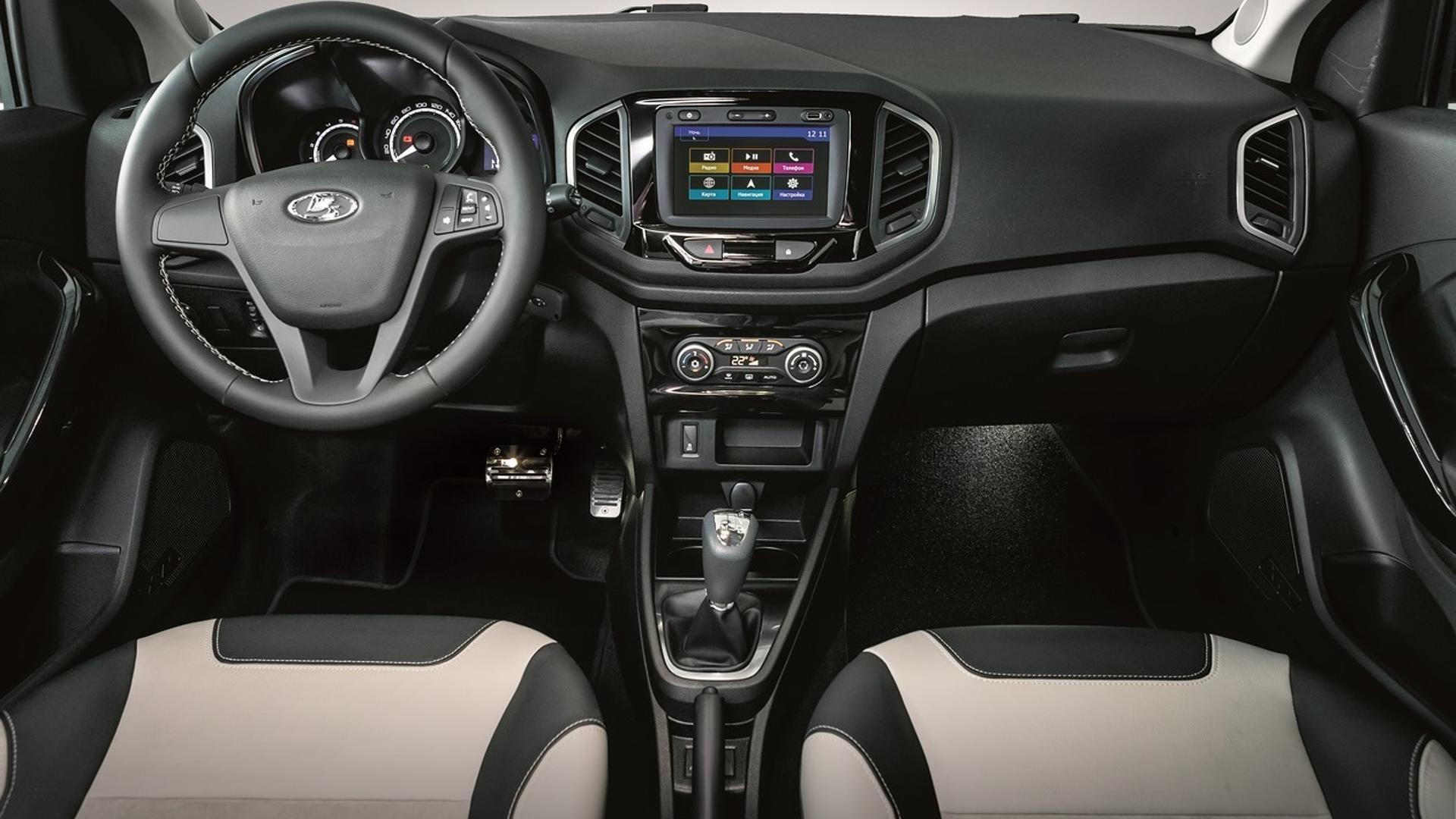 Lada Xray Exclusive (8)