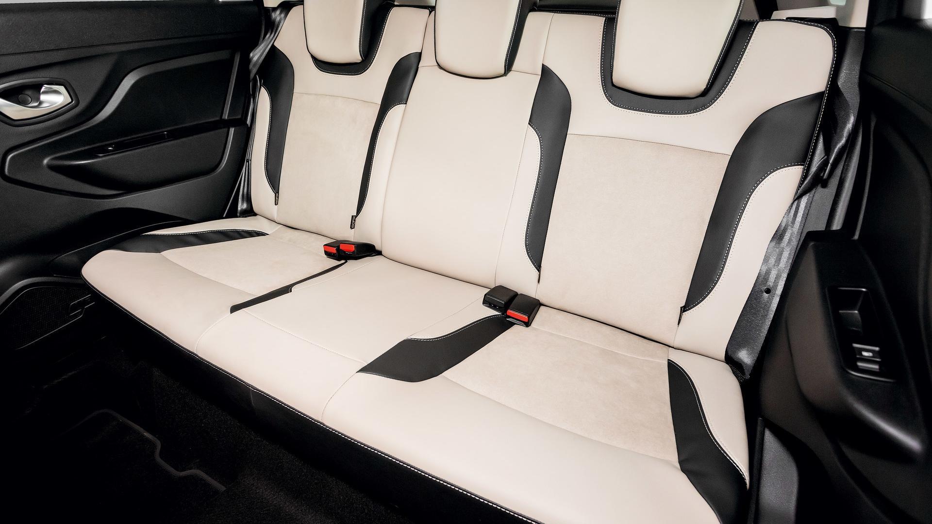 Lada Xray Exclusive (9)