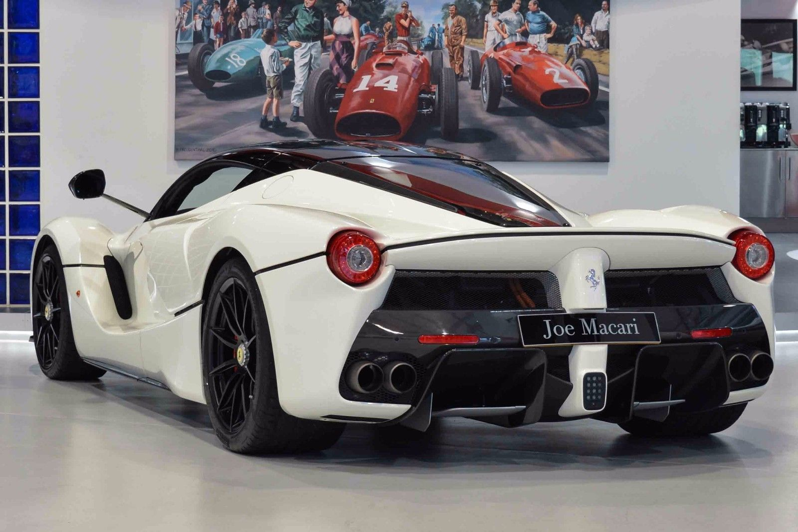 LaFerrari_for_sale_17