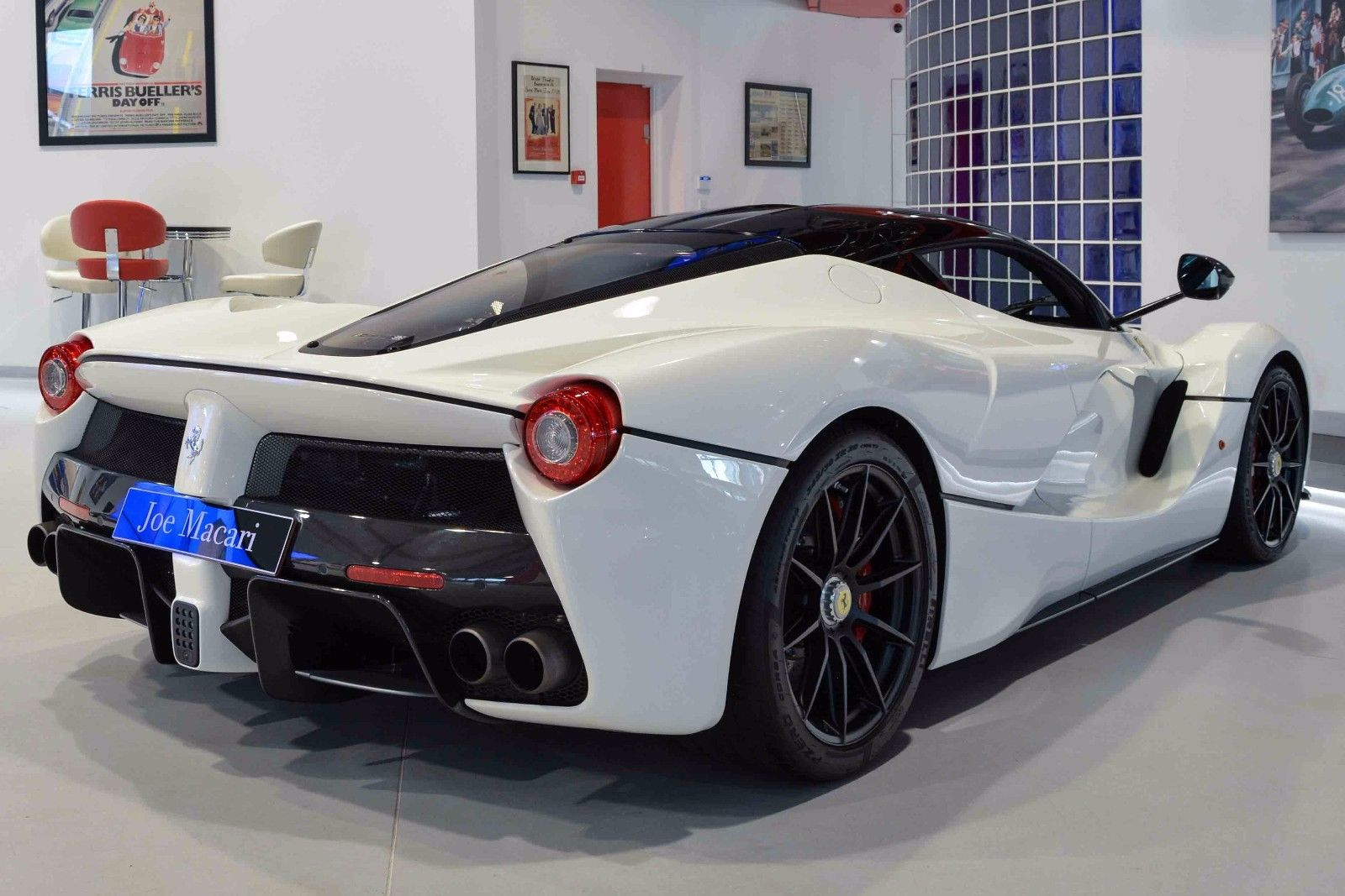 LaFerrari_for_sale_21