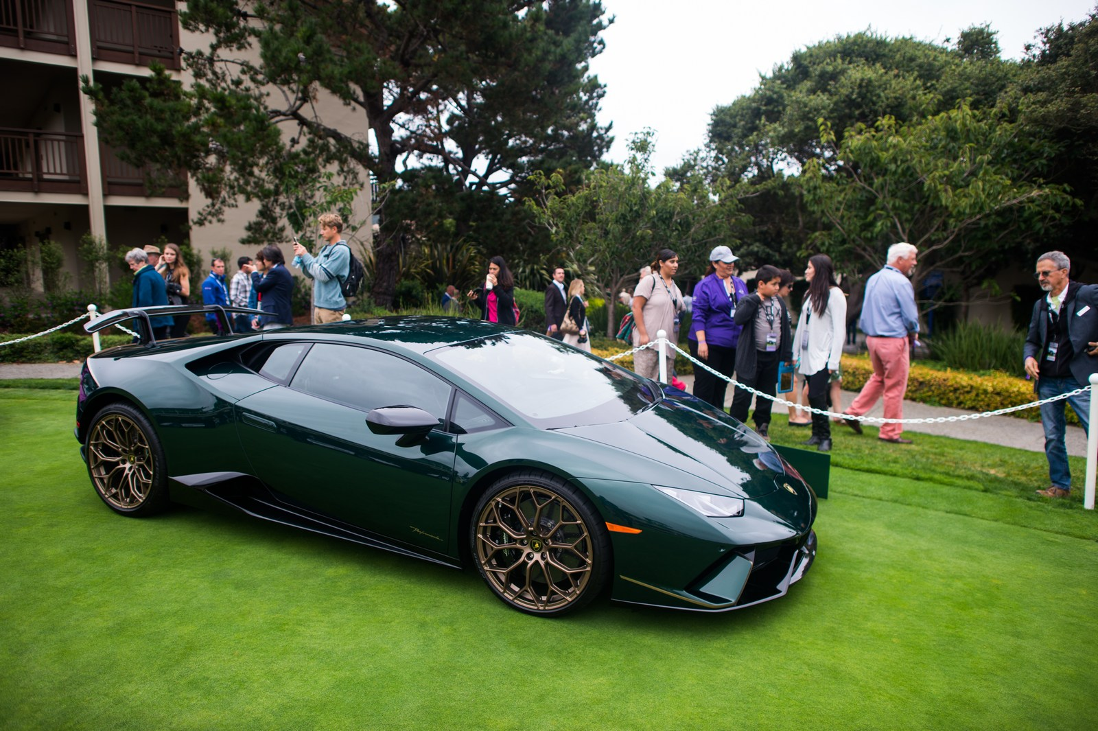 Lamborghini-Pebble-Beach-11