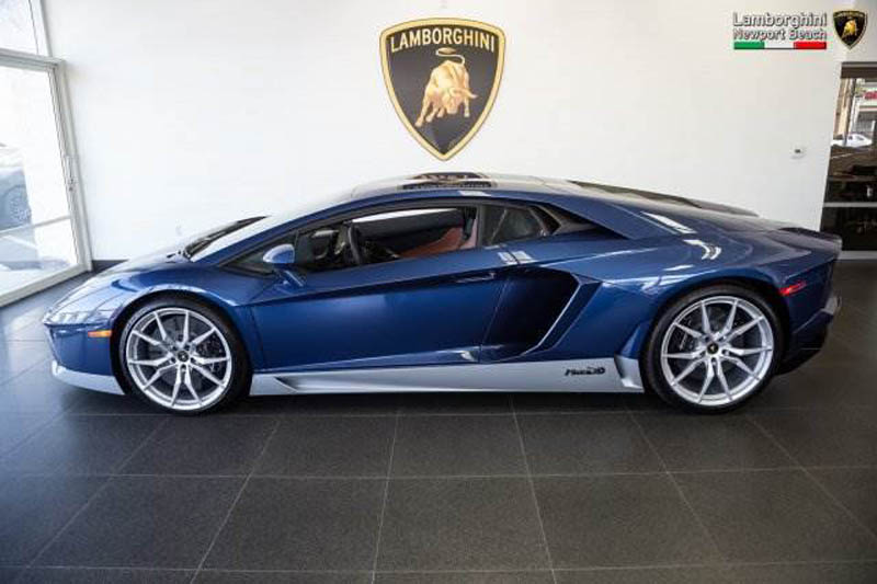 Lamborghini_Aventador_Miura_Homage_edition_for_sale_05