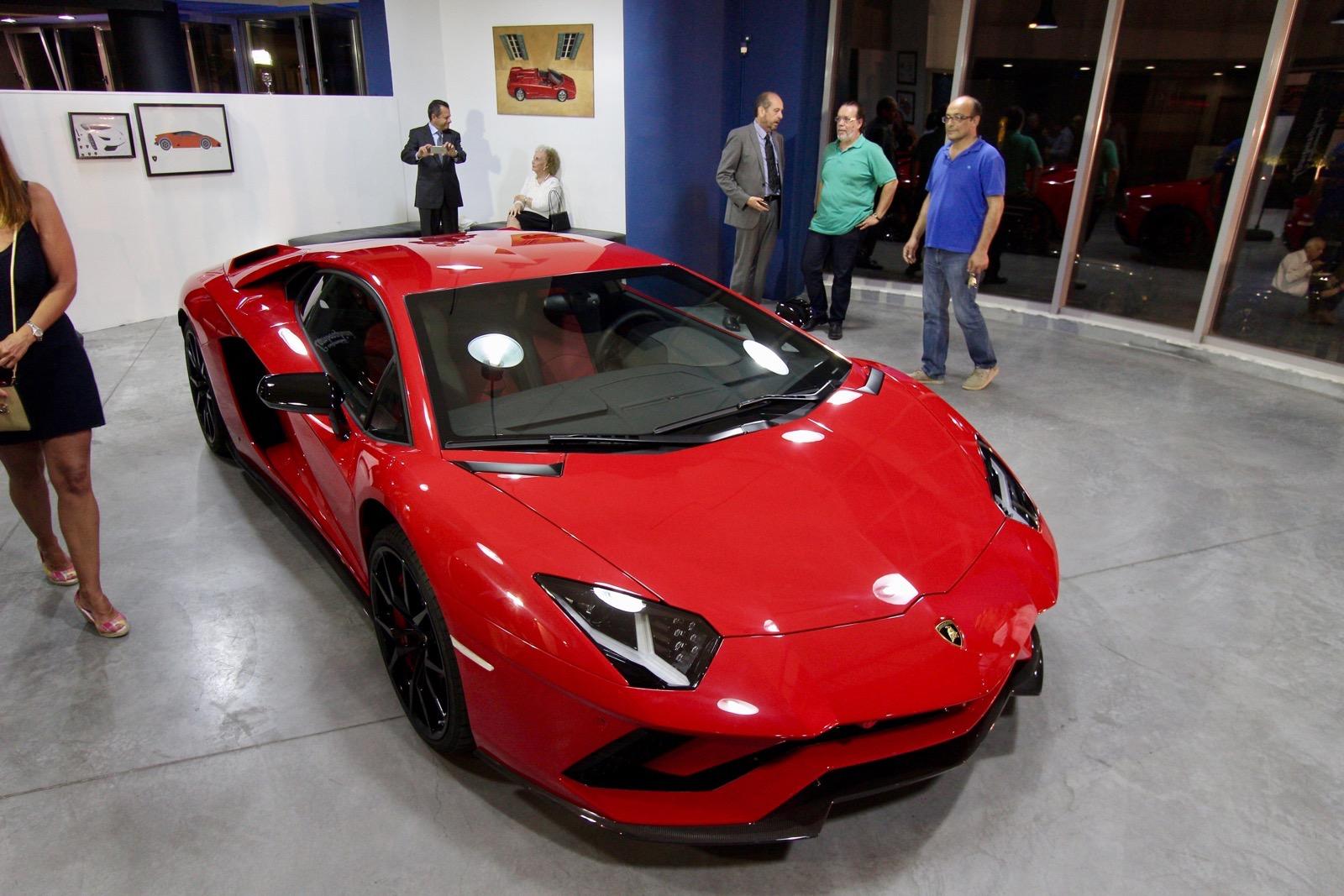 Lamborghini_Aventador_S_in_Greece_07