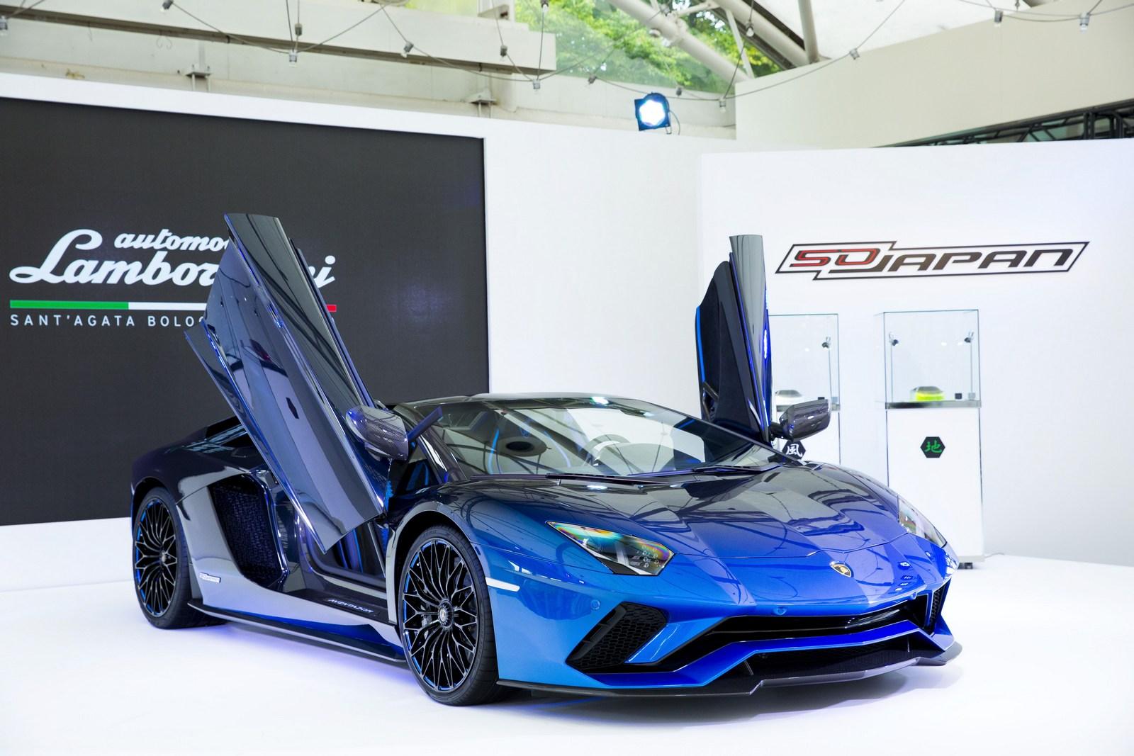 Lamborghini Aventador S Roadster For Japan (13)