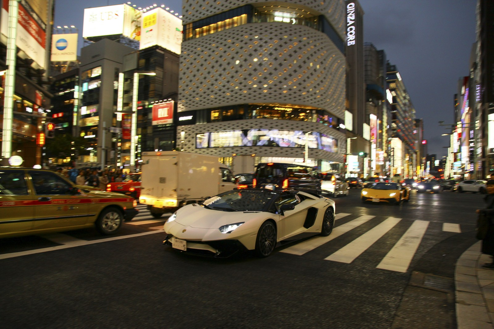 Lamborghini Aventador S Roadster For Japan (23)
