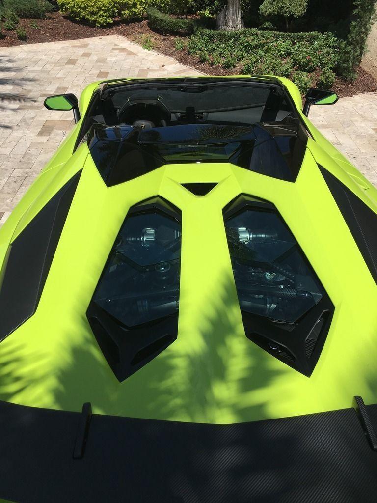 Lamborghini Aventador SV Roadster andMTI 52 Super Veloce for sale (18)