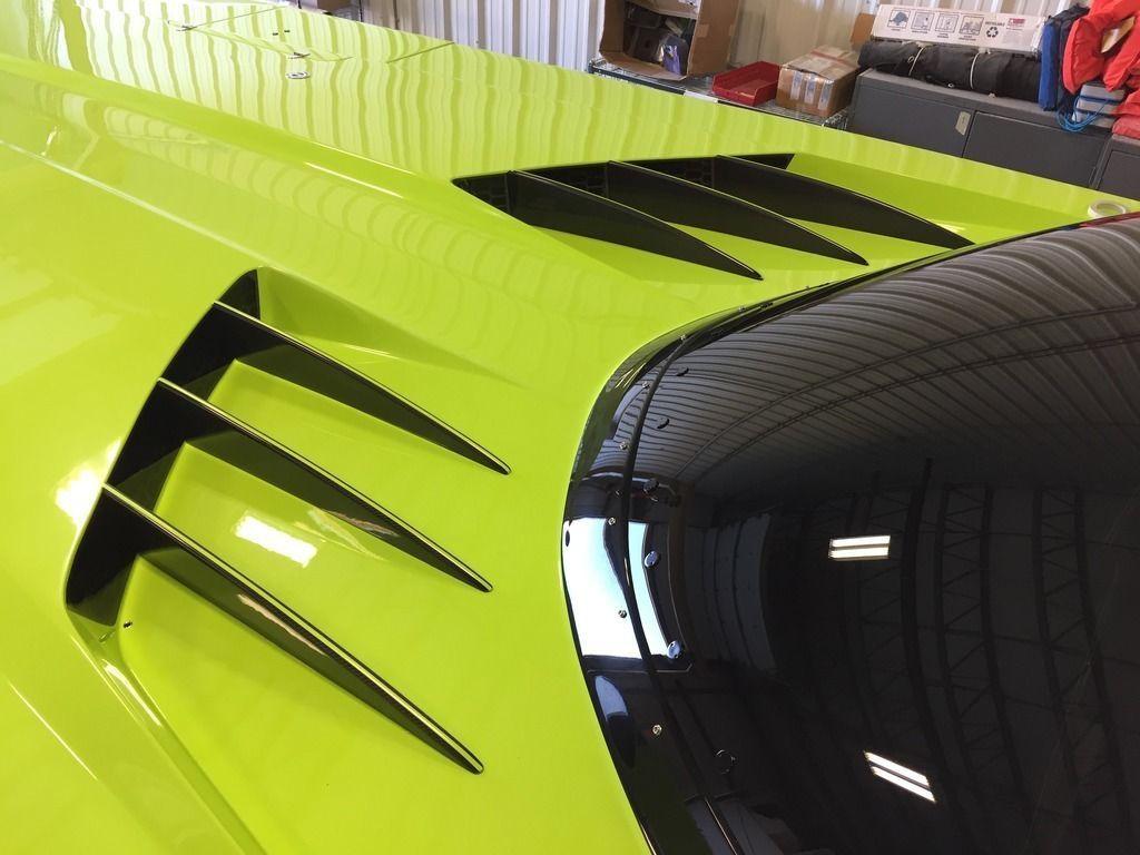 Lamborghini Aventador SV Roadster andMTI 52 Super Veloce for sale (3)